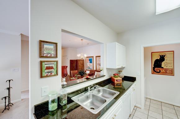 Clairmont Apartments image 1