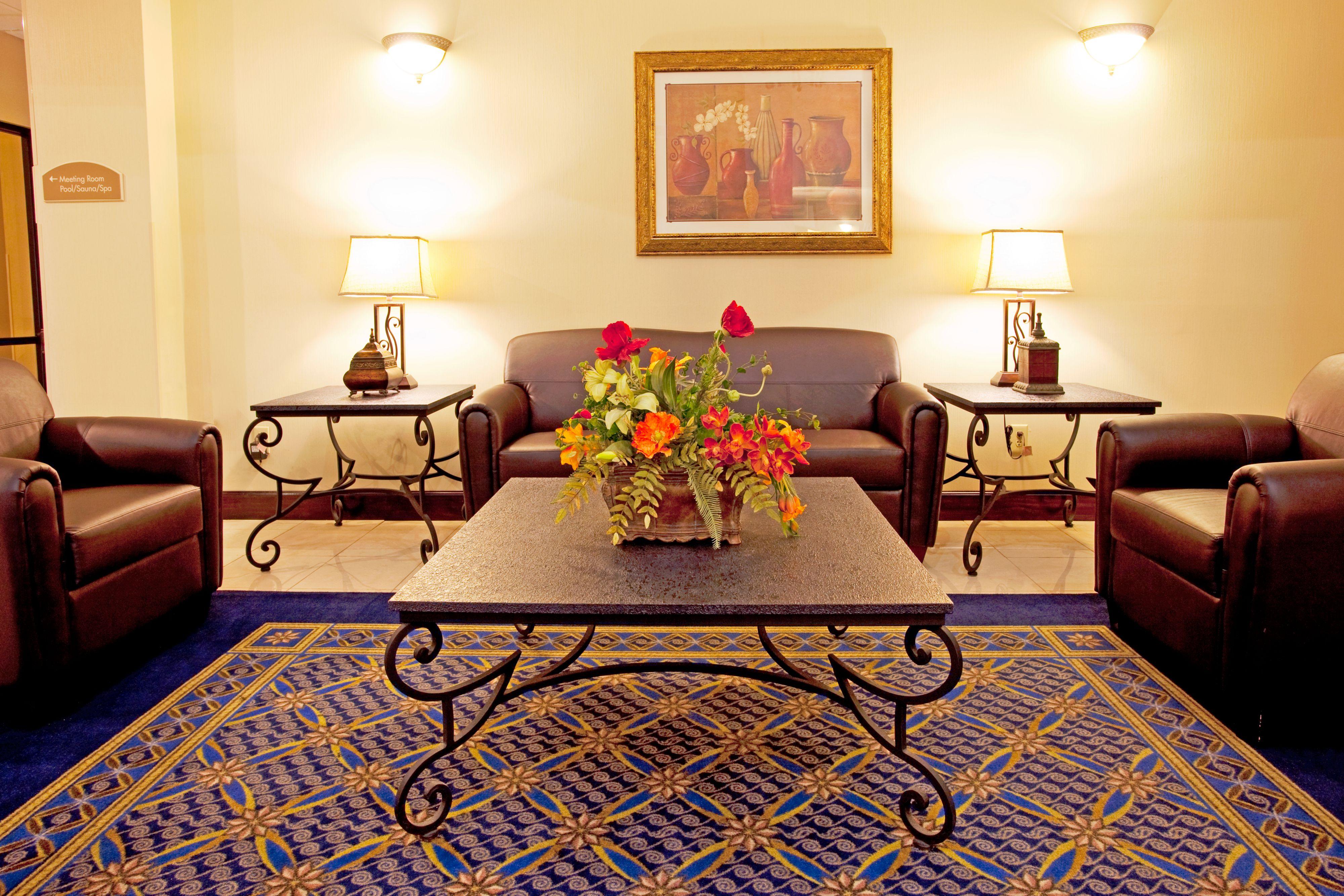 Holiday Inn Express & Suites Douglas image 4