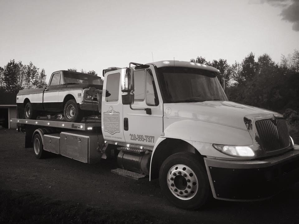 Mrs. Mac's Towing & Transport image 7