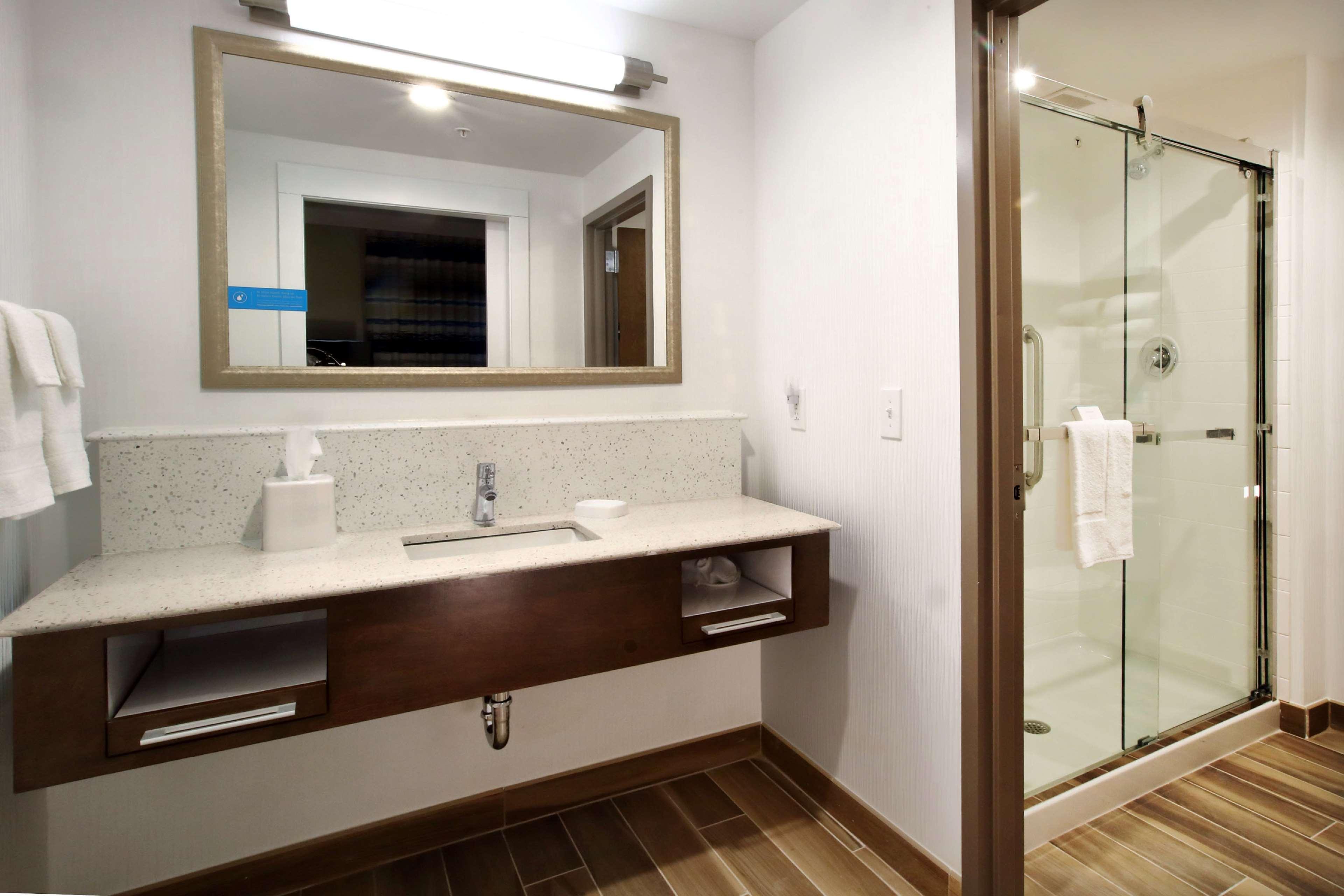 Hampton Inn & Suites Baltimore/Aberdeen image 21