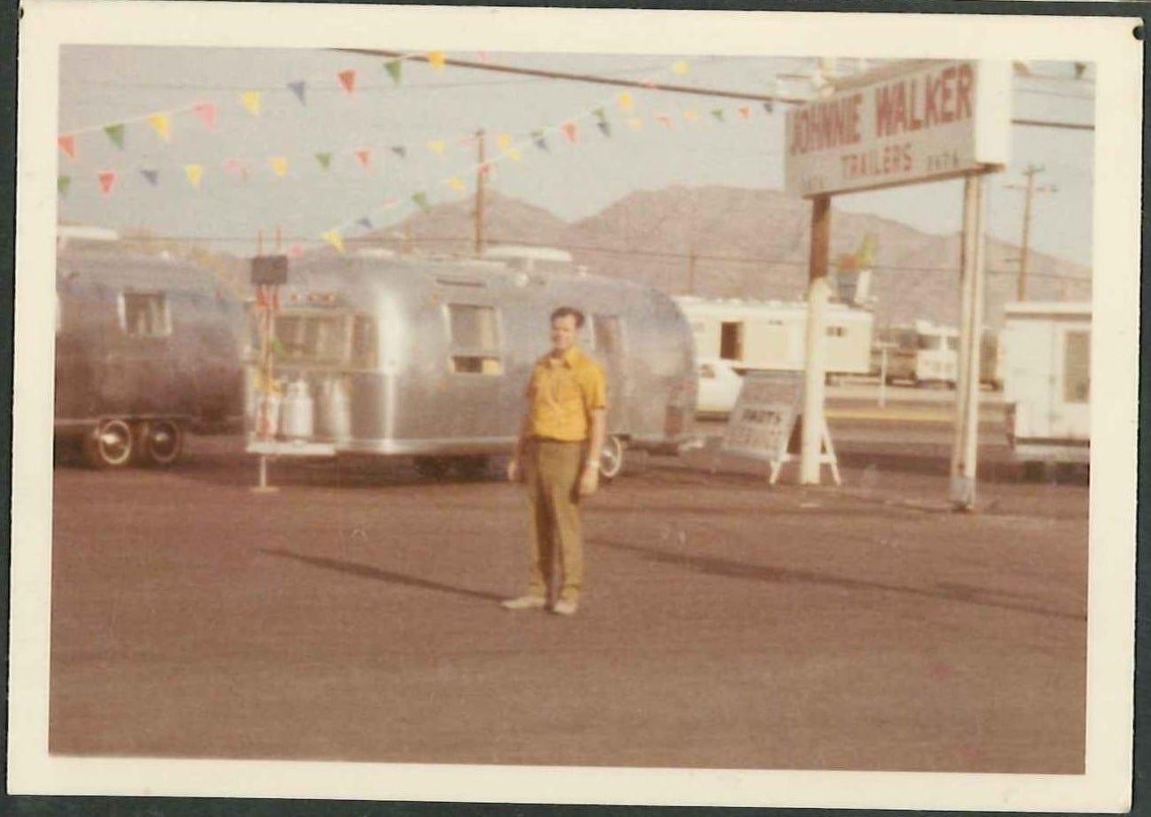 Johnnie Walker RV Outlet image 0