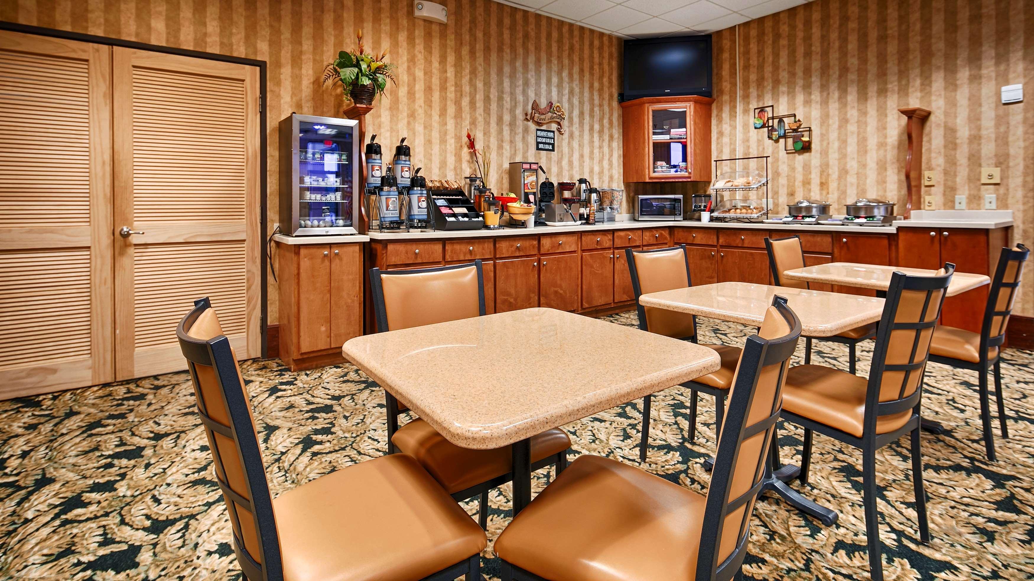 Best Western Fayetteville Inn image 9