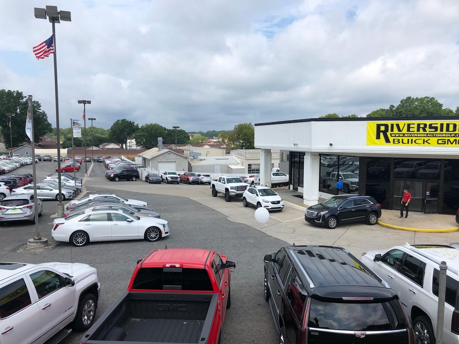 Riverside Buick GMC image 4