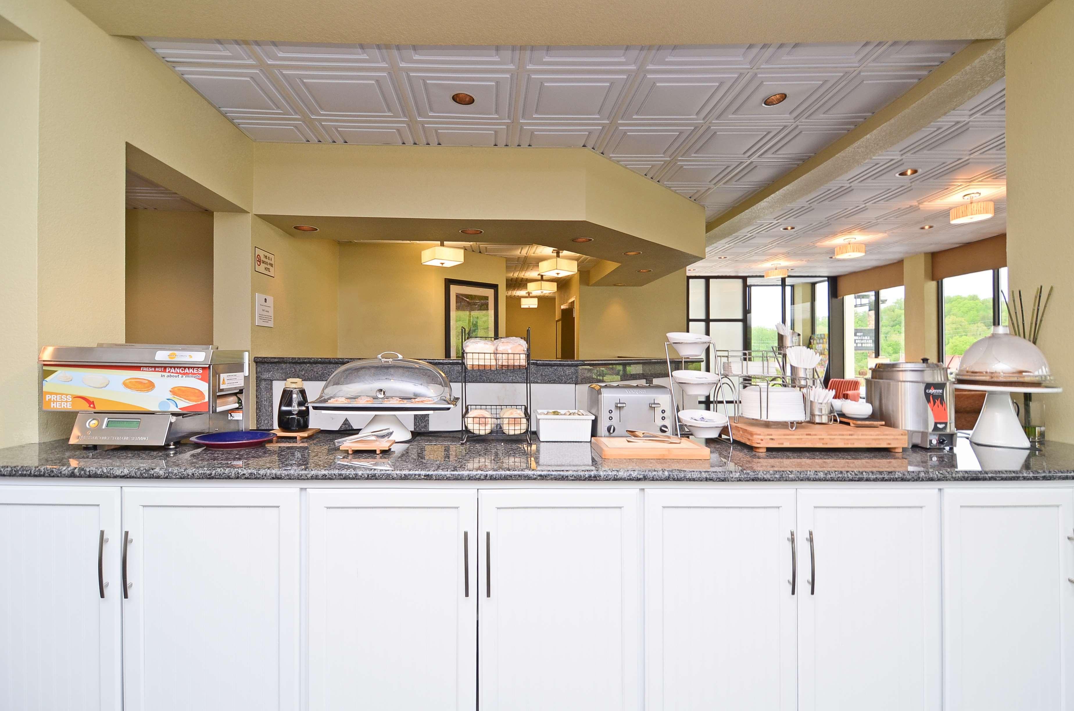 Best Western Cades Cove Inn image 4