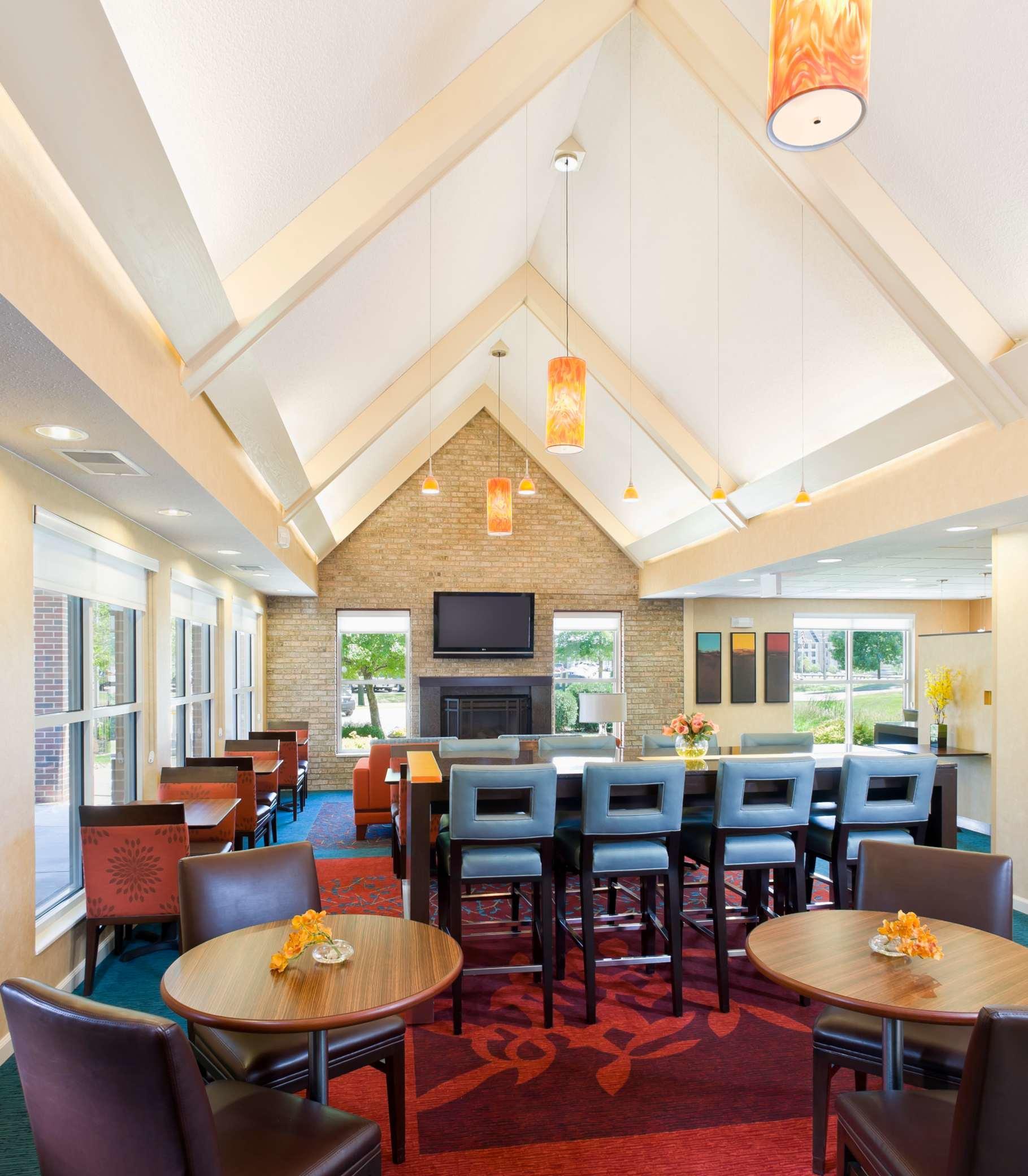 Residence Inn by Marriott Cedar Rapids image 12