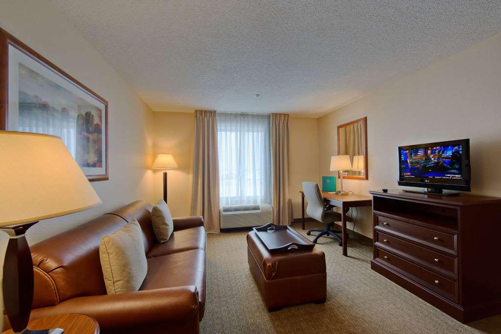 Homewood Suites by Hilton Orland Park image 0