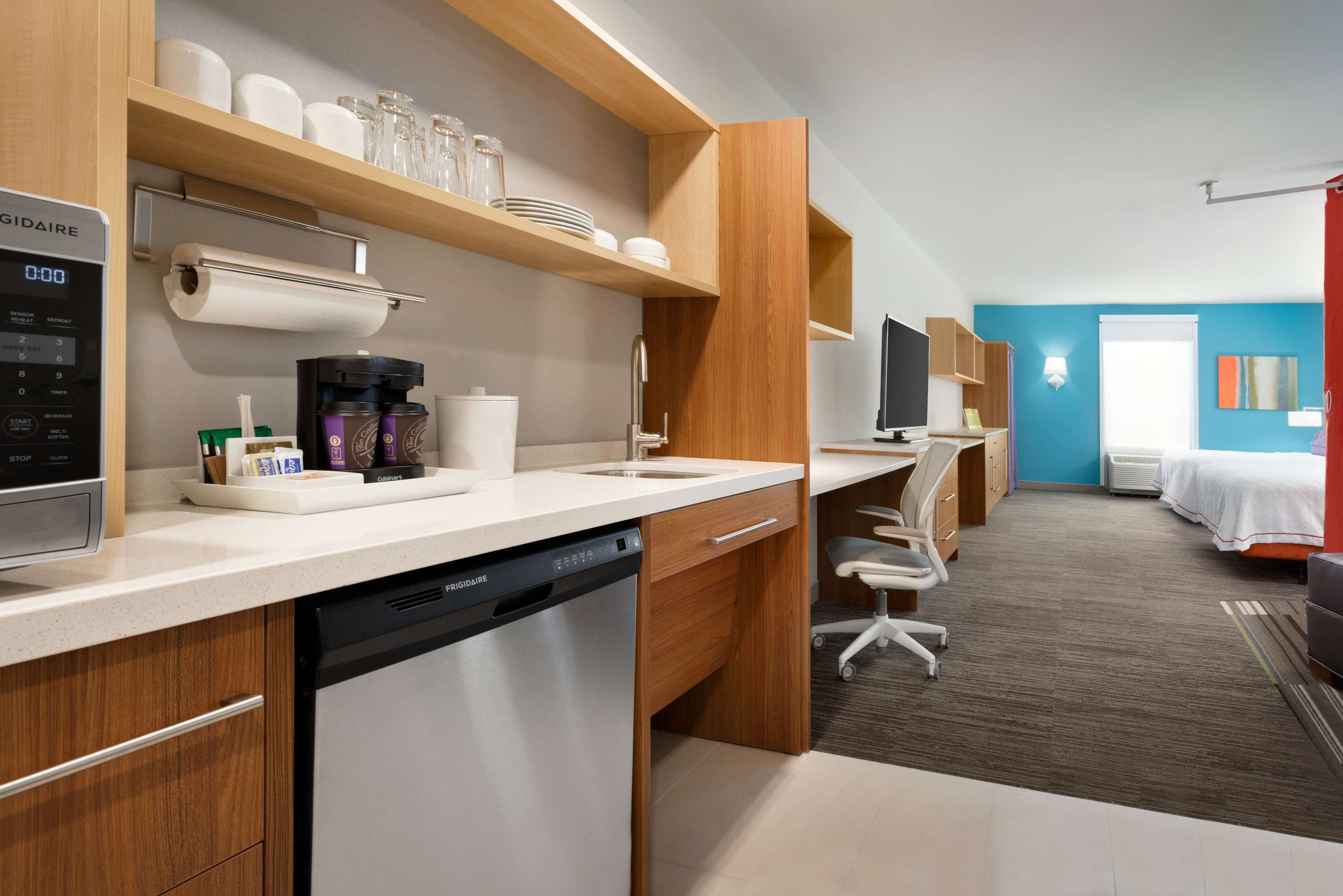 Home2 Suites by Hilton Roanoke image 28