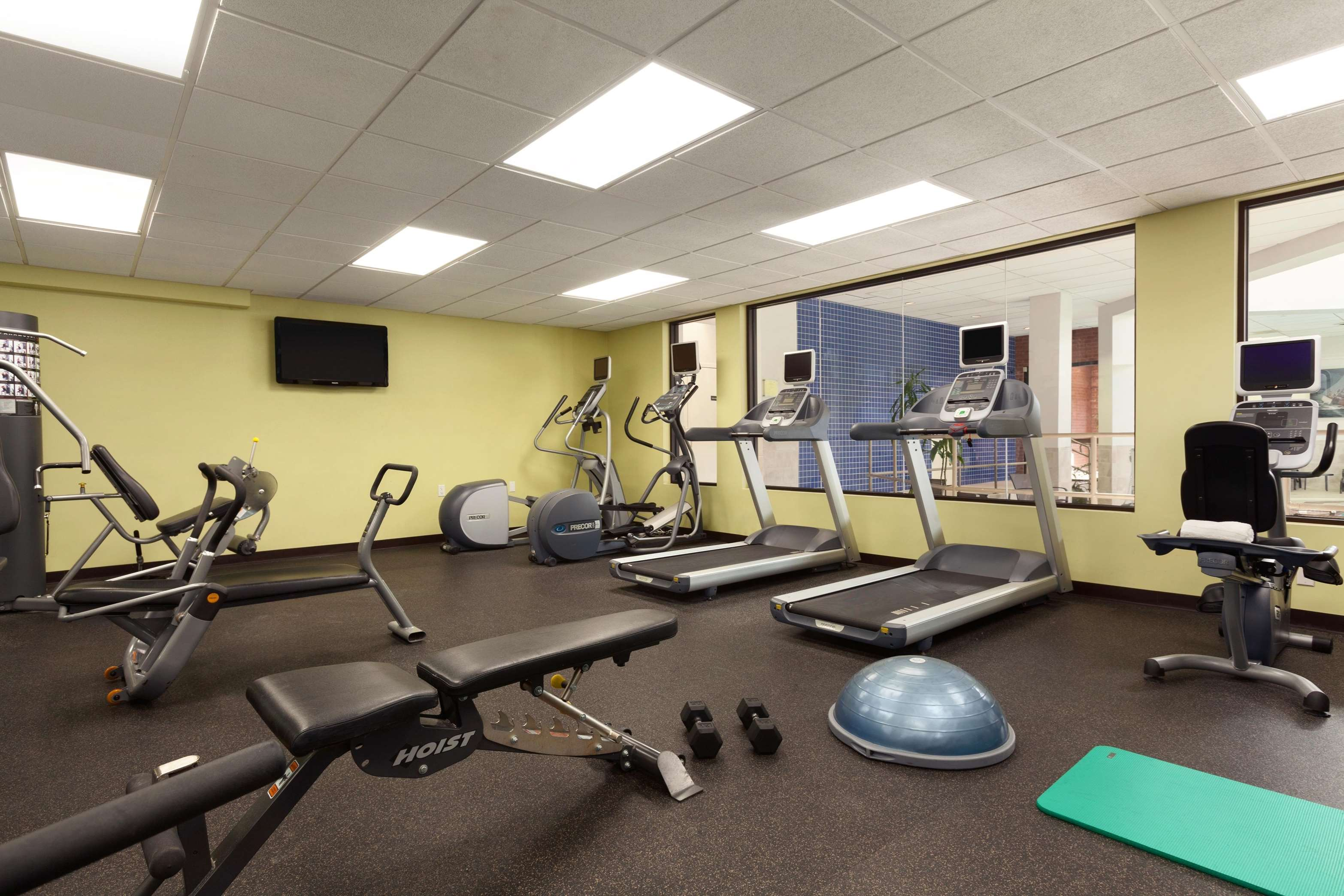 DoubleTree by Hilton Boston - Andover image 2