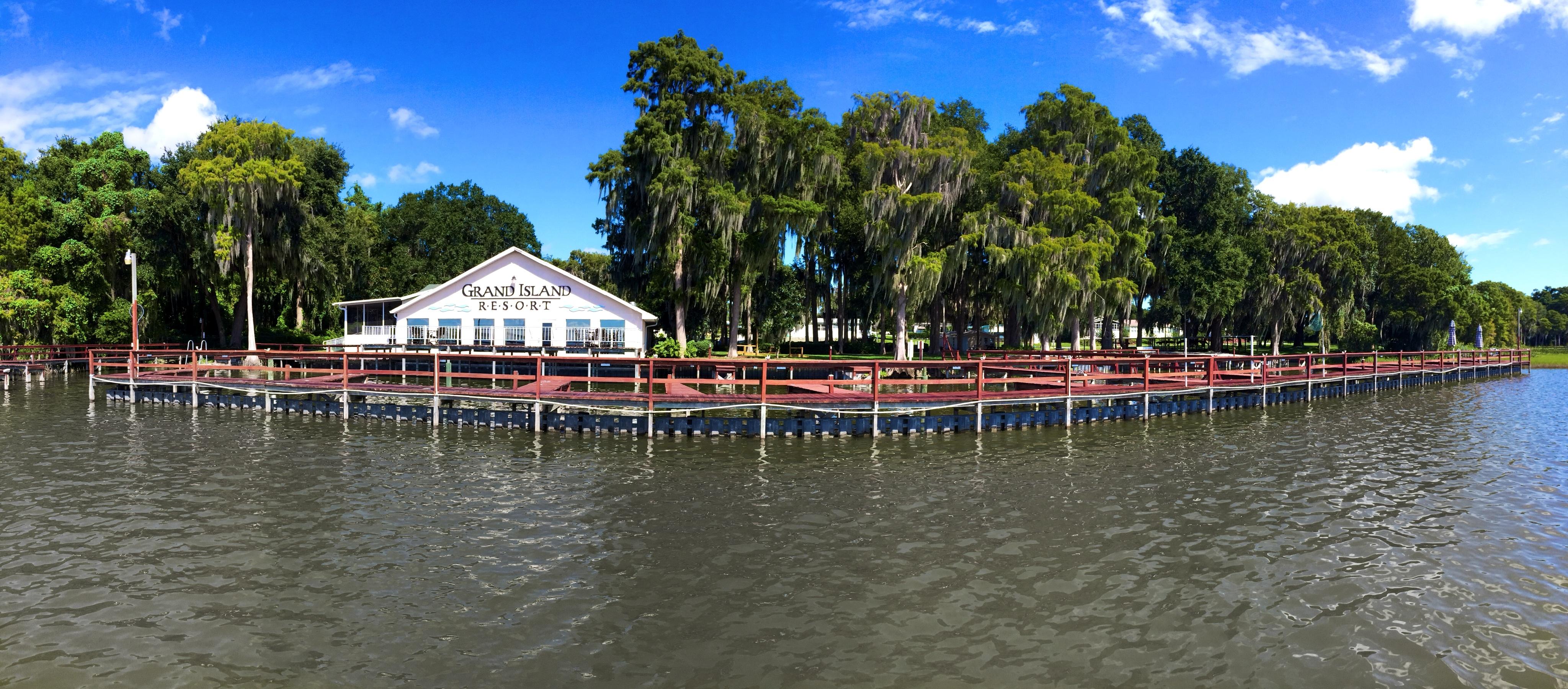Grand Island Resort image 1