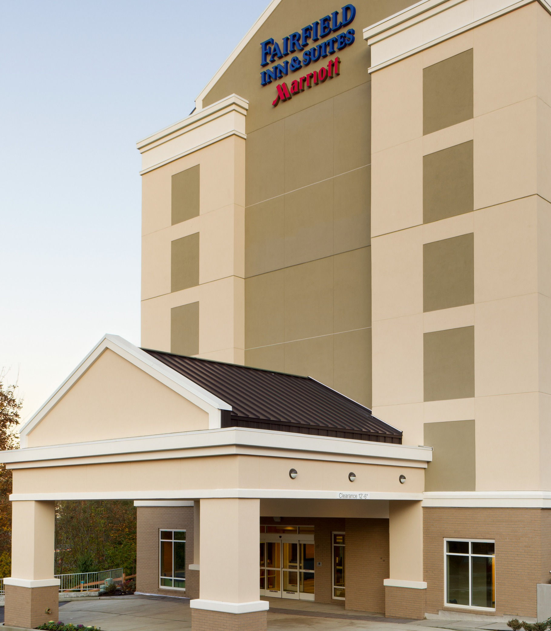 Fairfield Inn & Suites by Marriott Tacoma Puyallup image 1