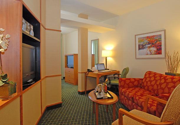 Fairfield Inn & Suites by Marriott Temecula image 5