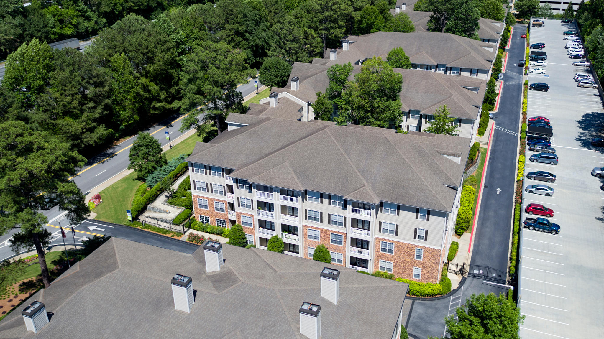 Camden Creekstone Apartments image 16
