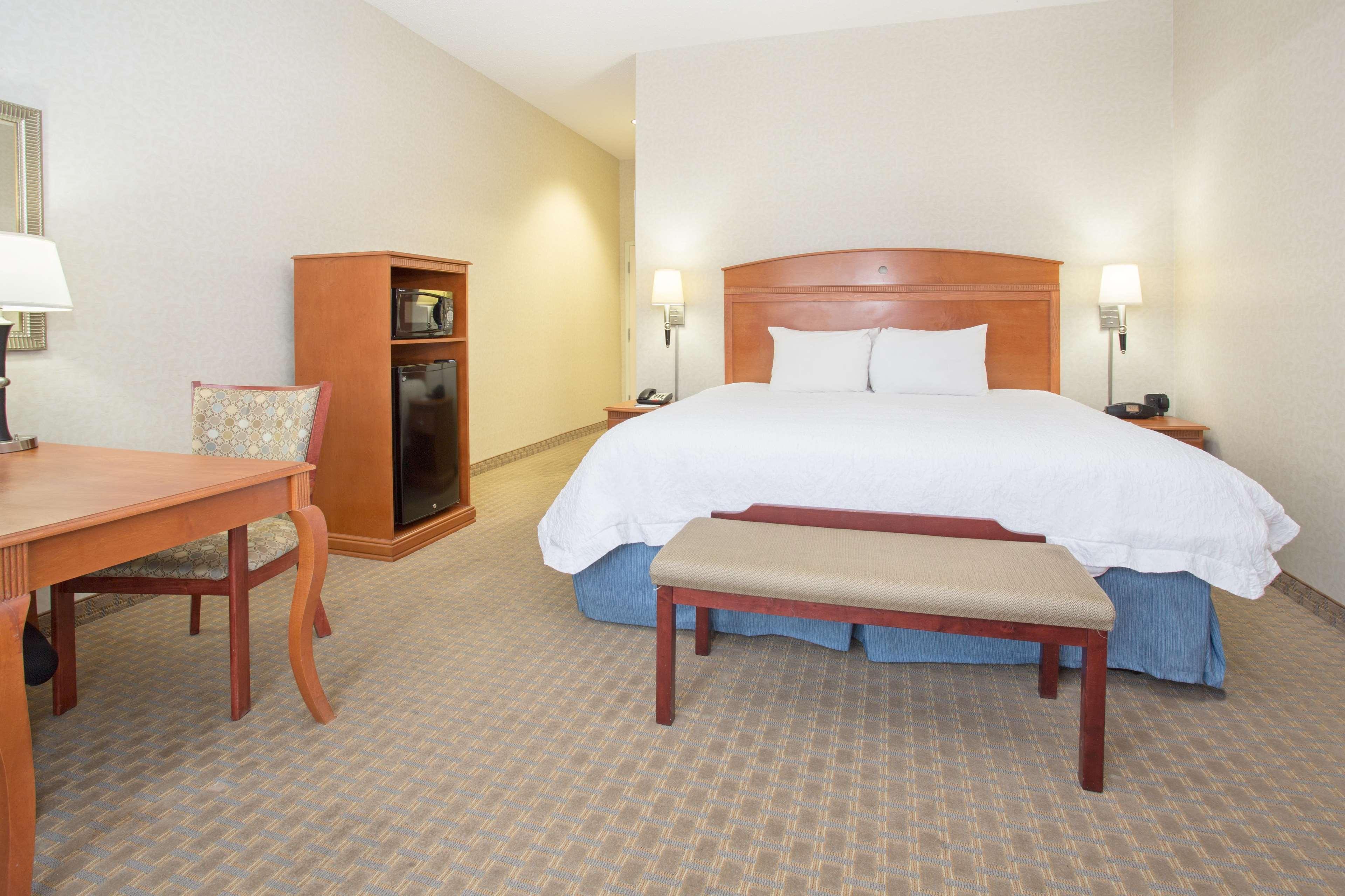 Hampton Inn Santa Rosa image 14