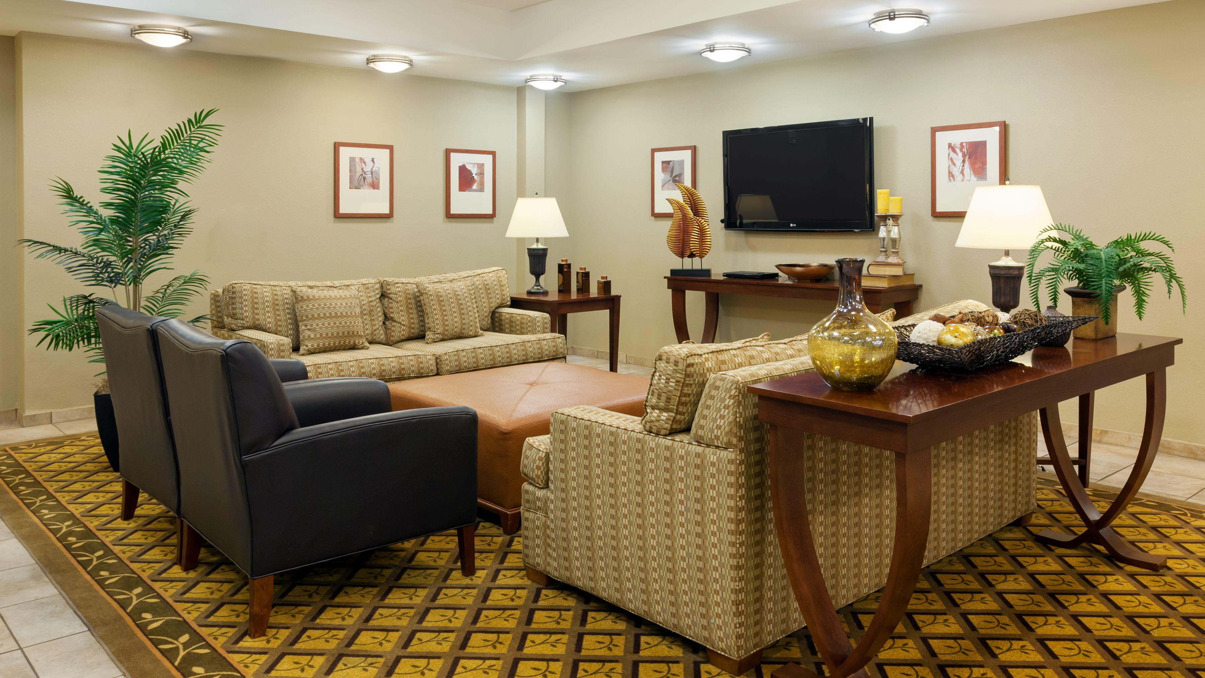 Candlewood Suites Reading image 4