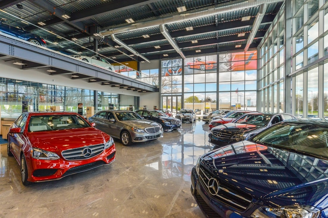 Mercedes-Benz of Rockville Centre image 1