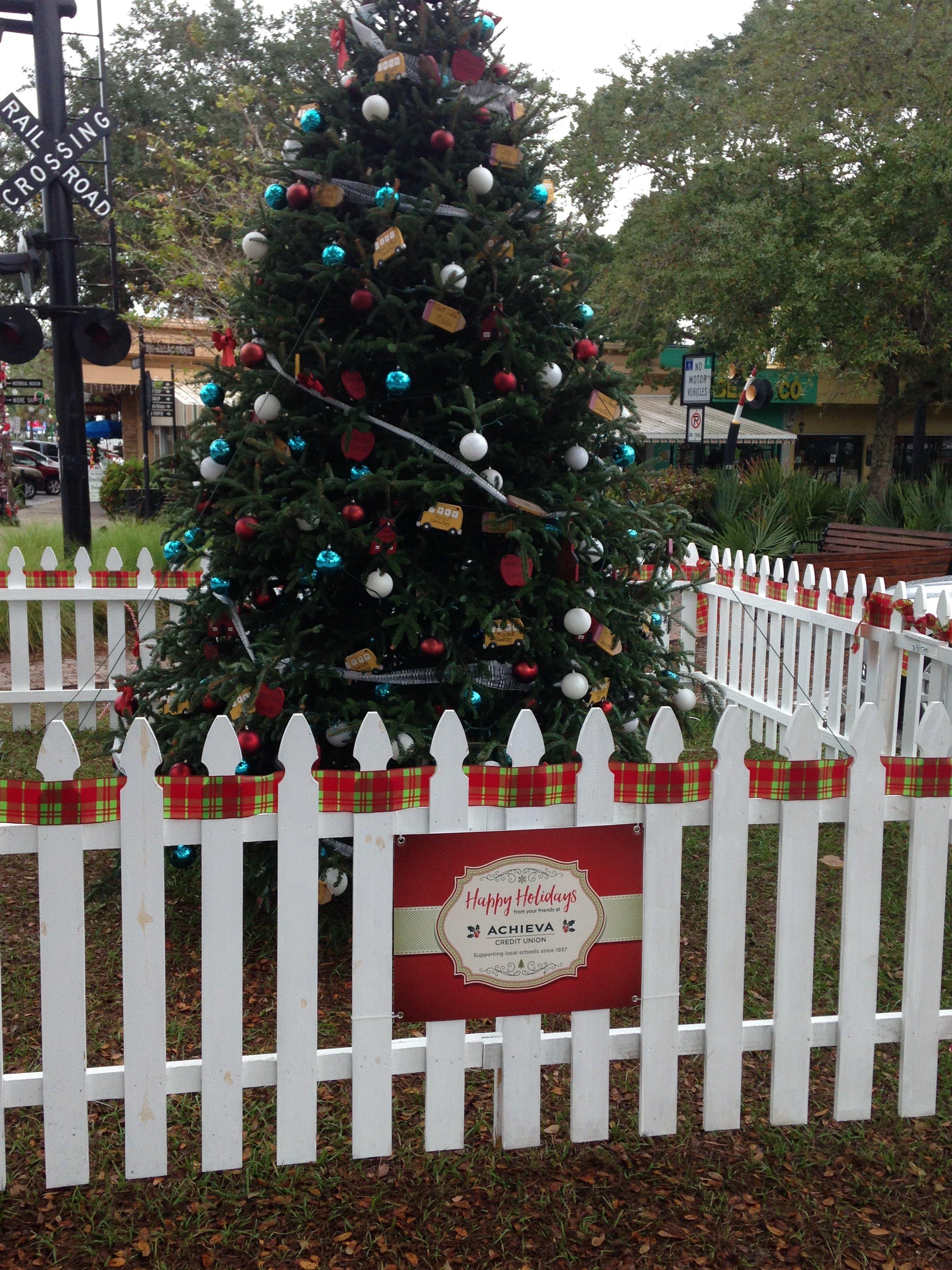 Dave's Christmas Tree Lot image 31