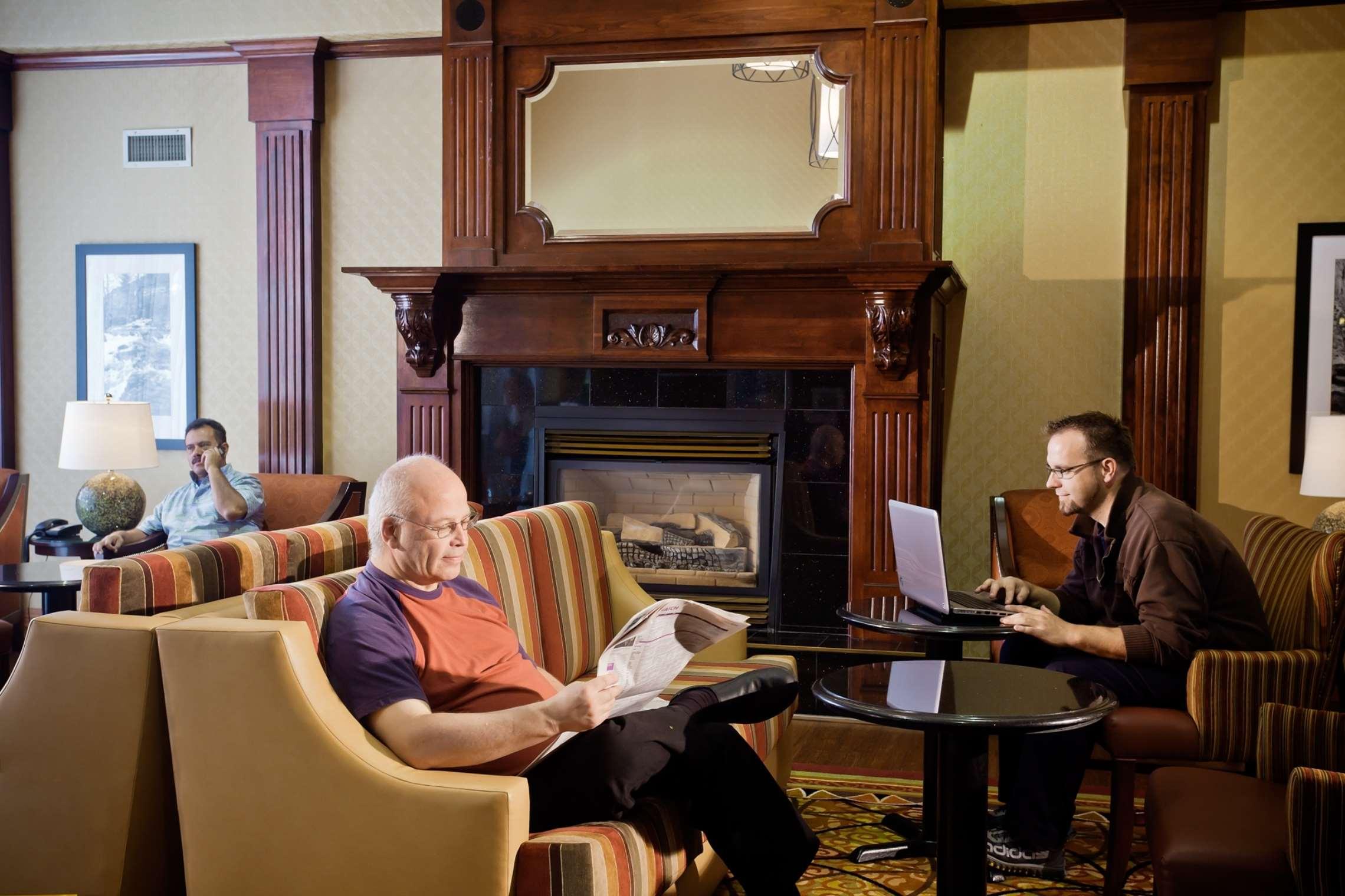 Hampton Inn & Suites Salt Lake City Airport image 3