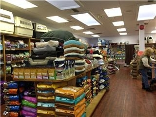 Gibsons Pet Foods & Supplies in Gibsons
