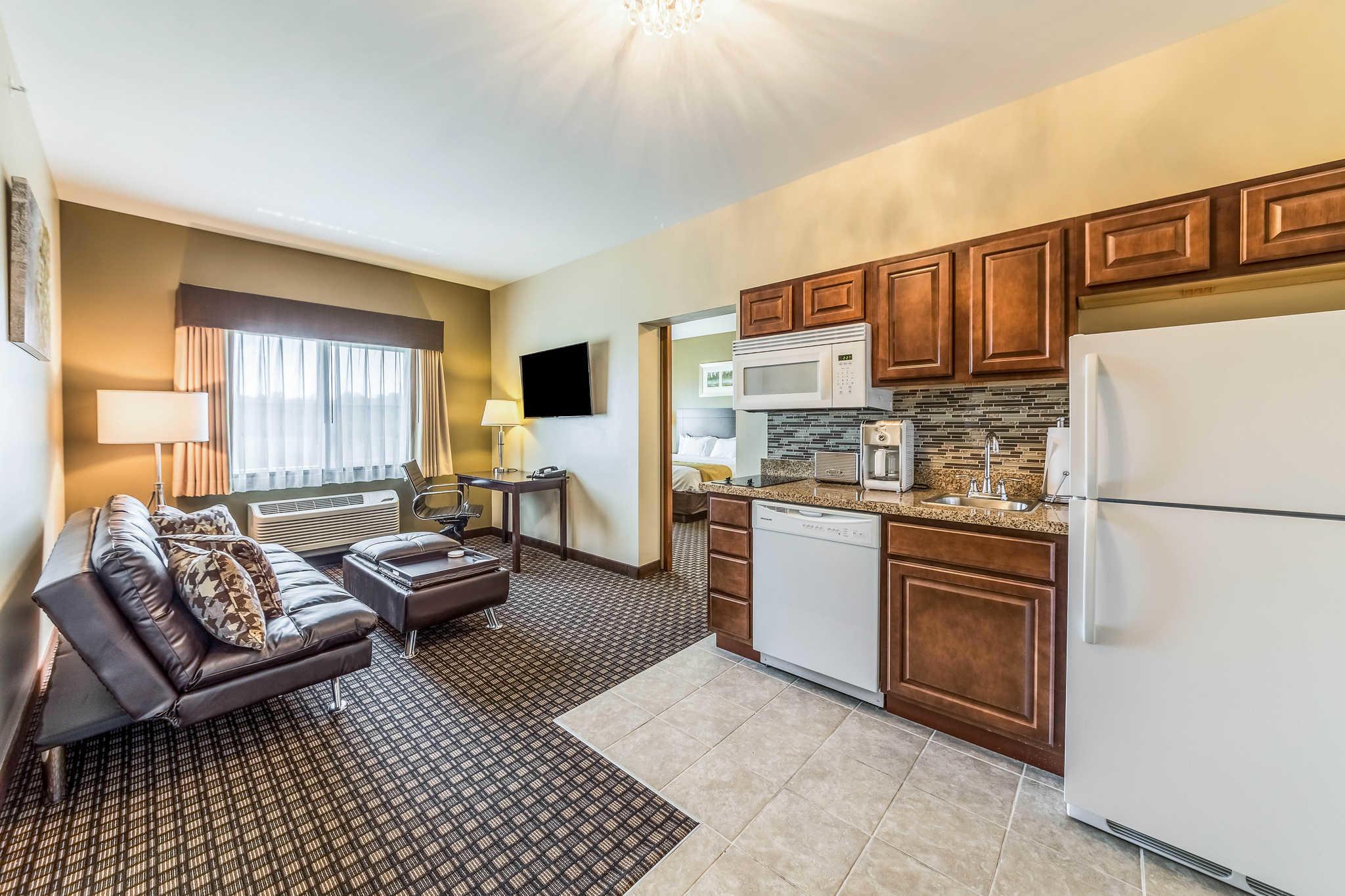 Comfort Inn & Suites Barnesville - Frackville image 13