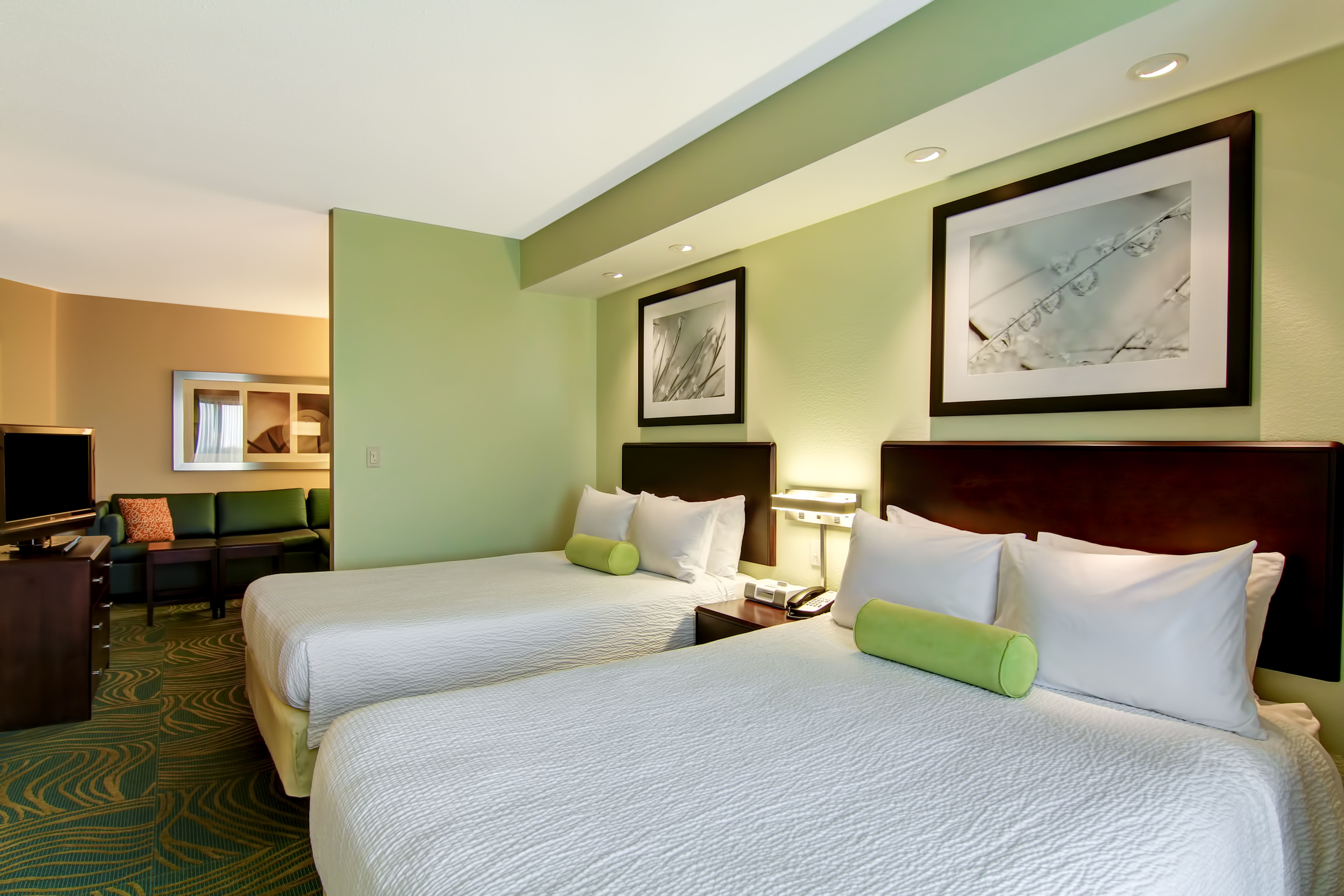 SpringHill Suites by Marriott Erie image 4