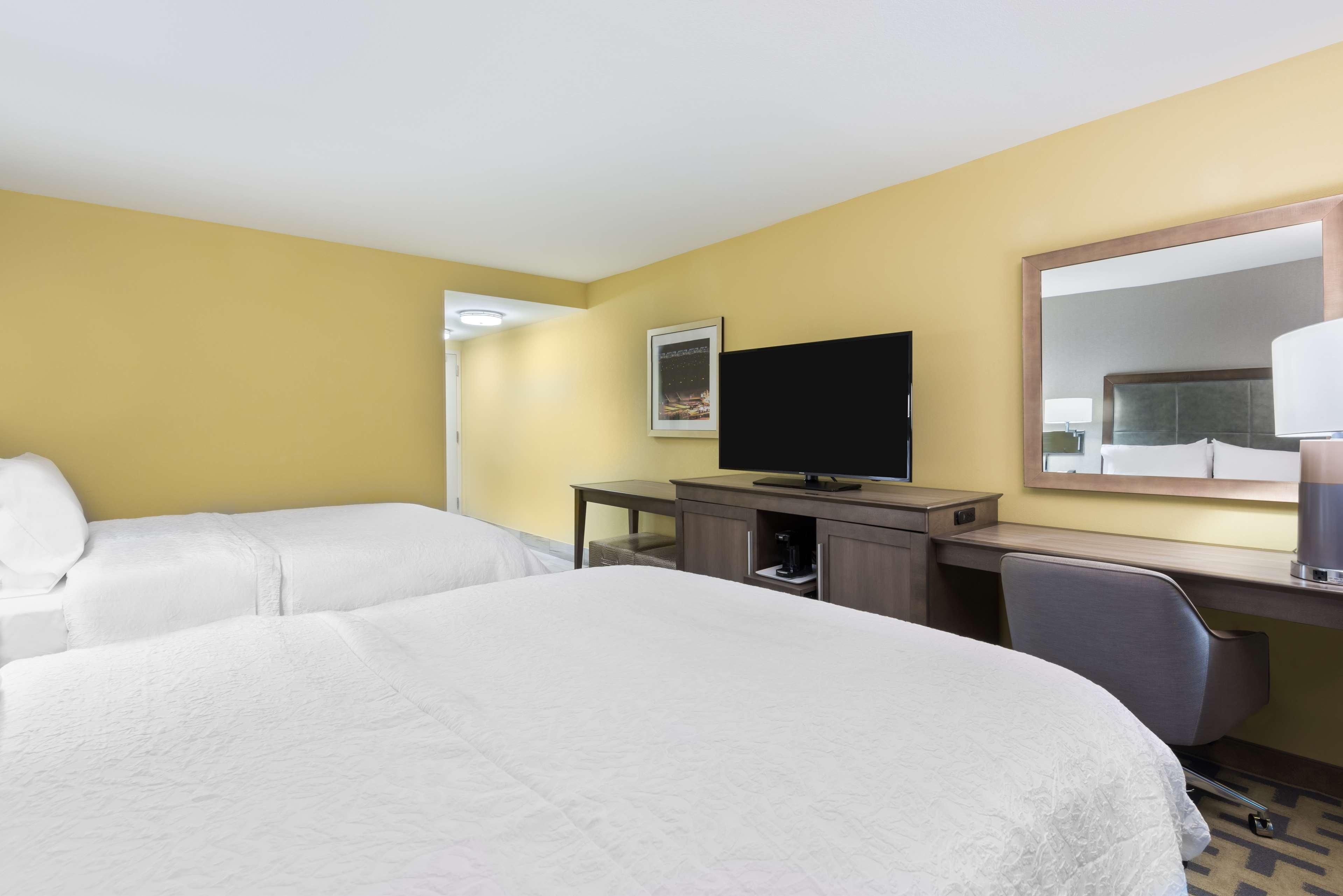 Hampton Inn & Suites Tampa Airport Avion Park Westshore image 25