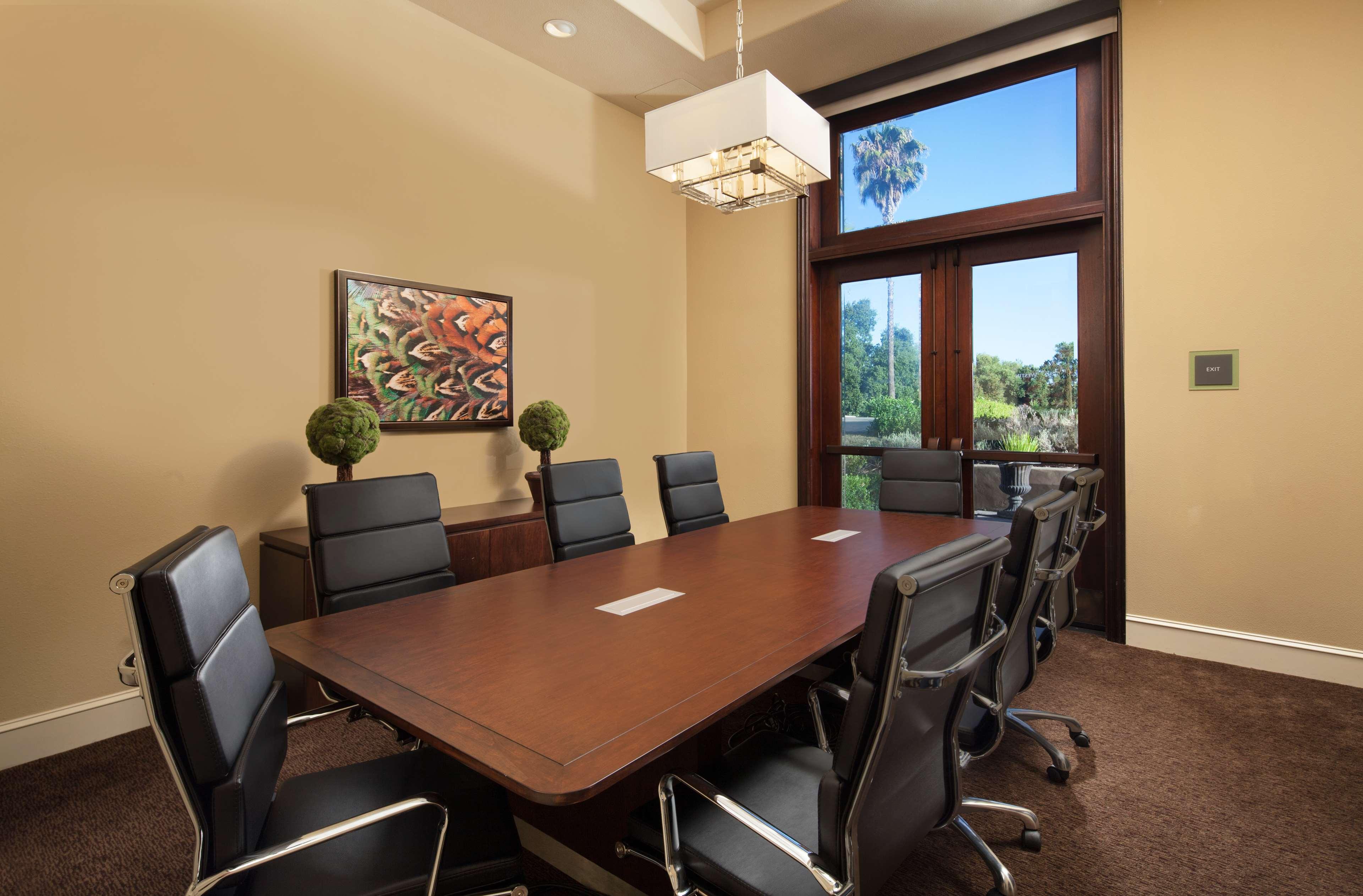 Siena Boardroom