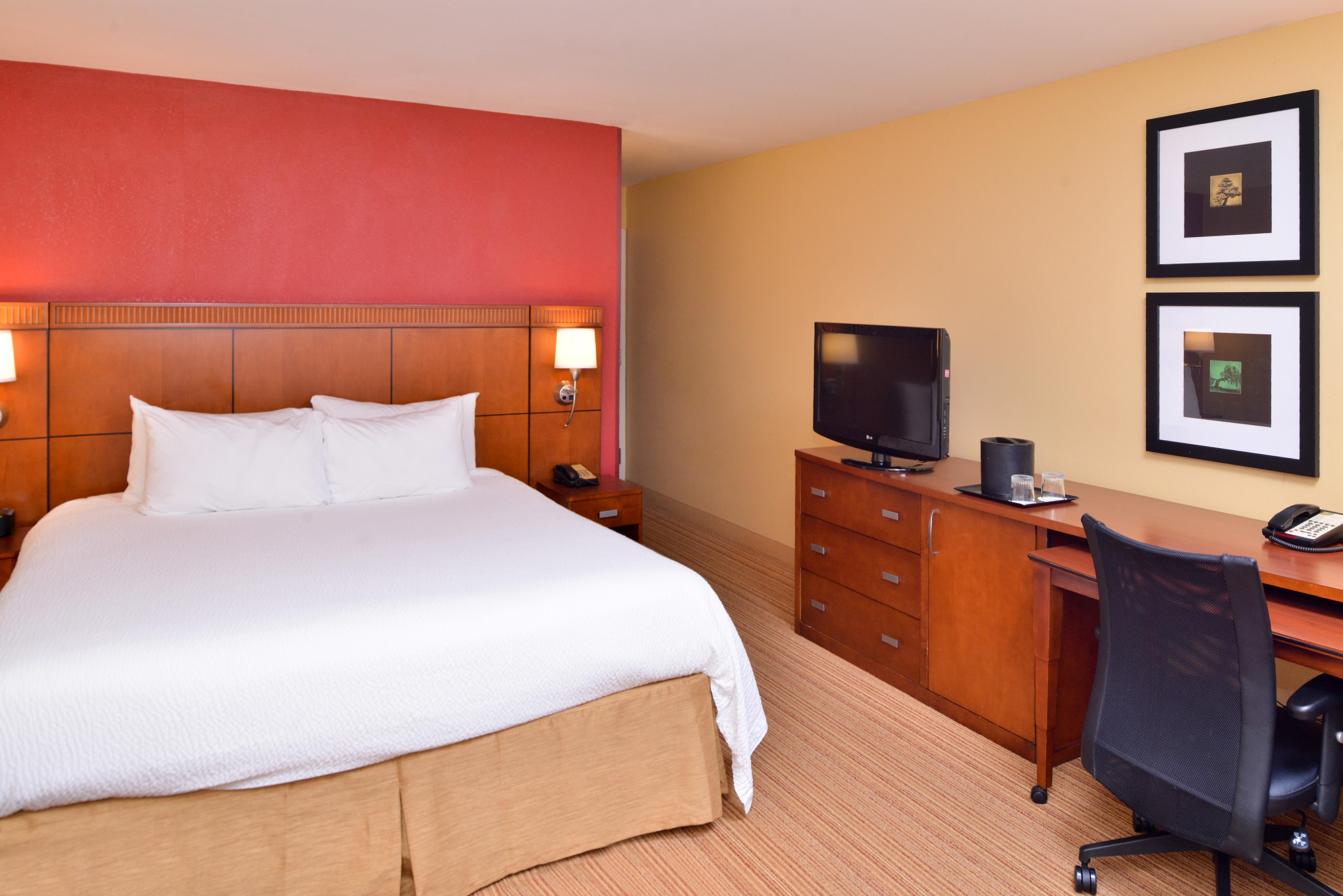 Courtyard by Marriott Tampa North/I-75 Fletcher image 14