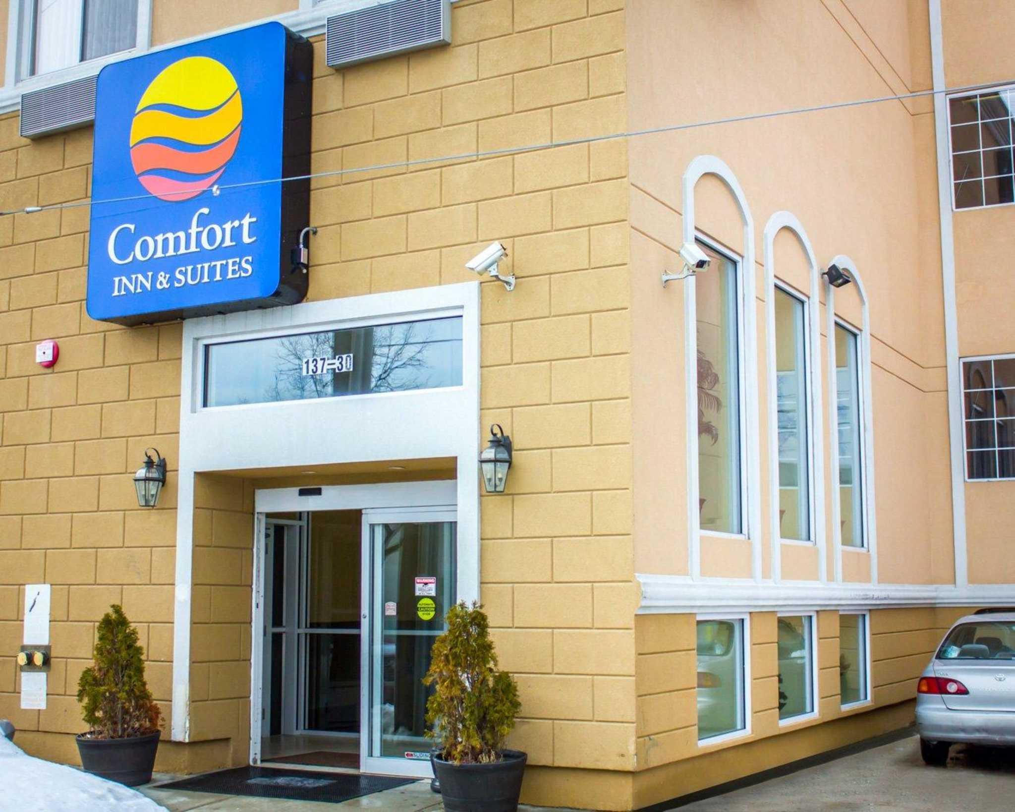 Comfort Inn Suites Jfk Airport At 137 30 Redding Street