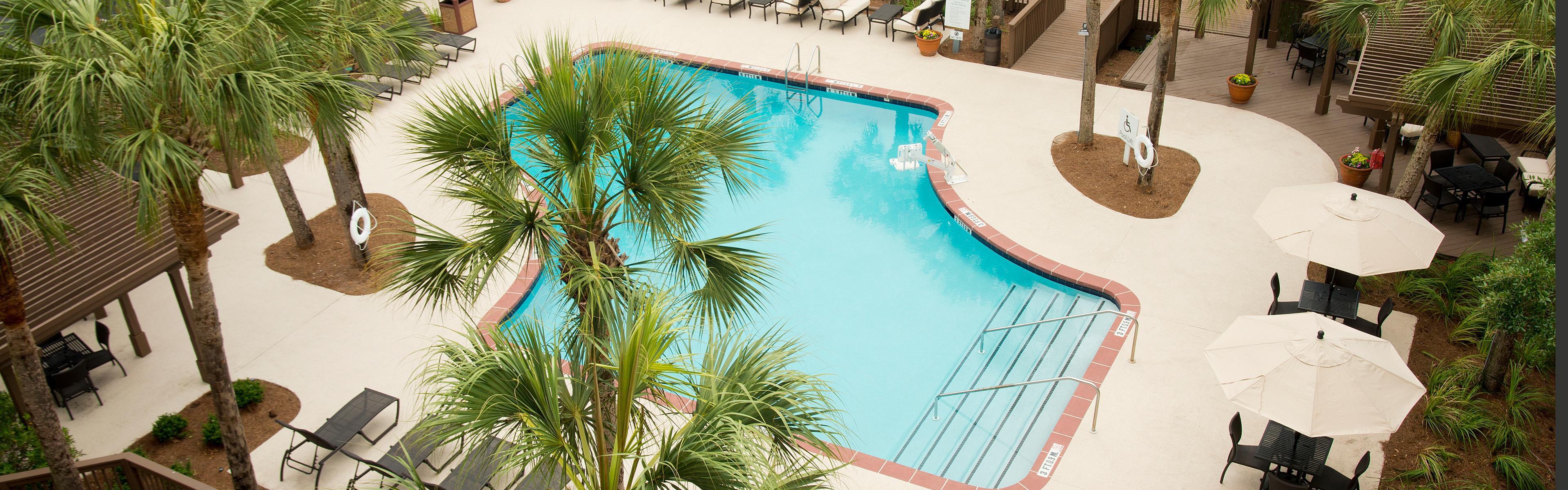 Holiday Inn Express Hilton Head Island image 2