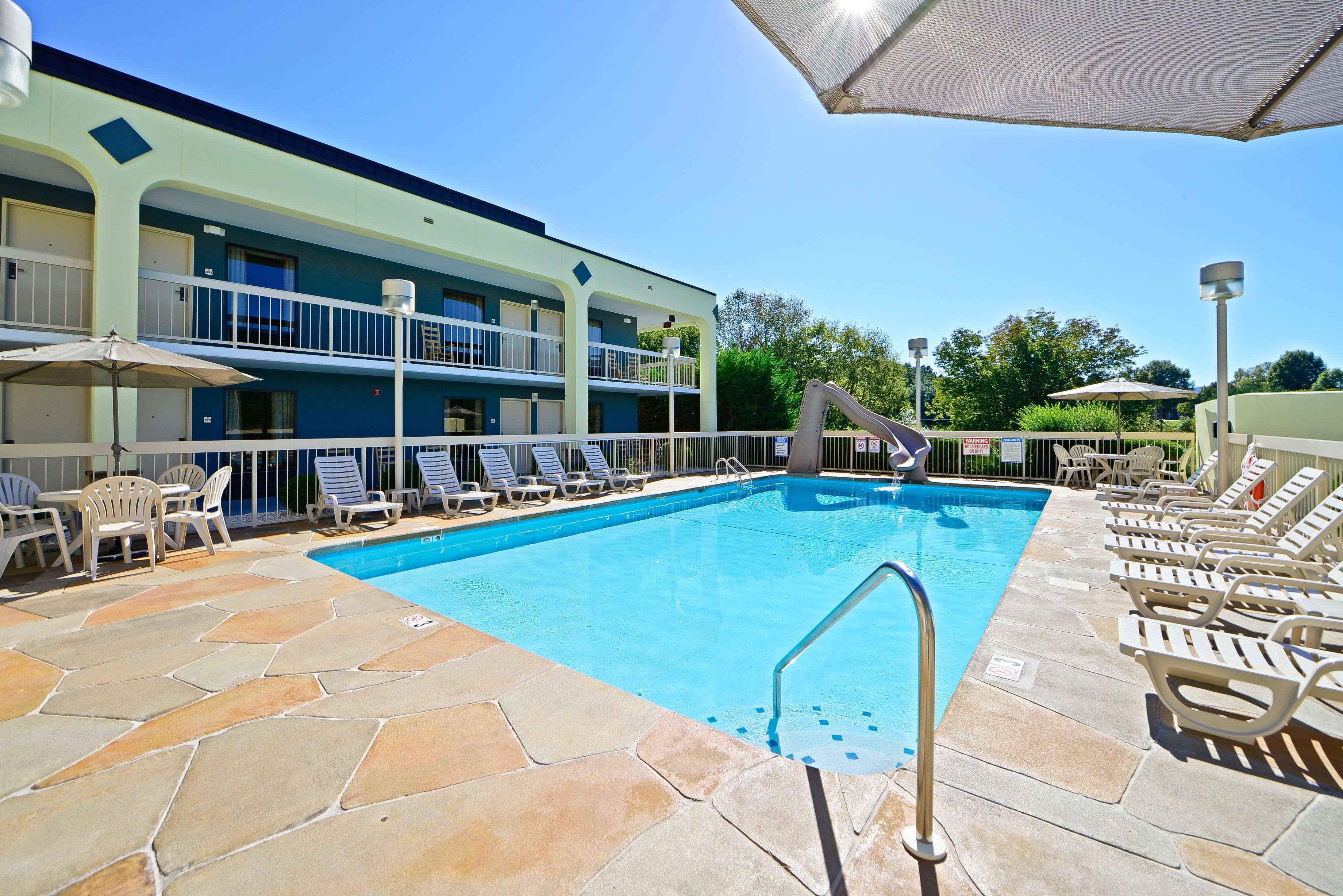 Best Western Cades Cove Inn image 13