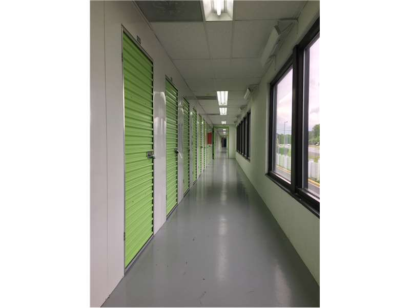 Bon Extra Space Storage 6102 Freds Oak Rd Burke, VA Warehouses Self Storage    MapQuest