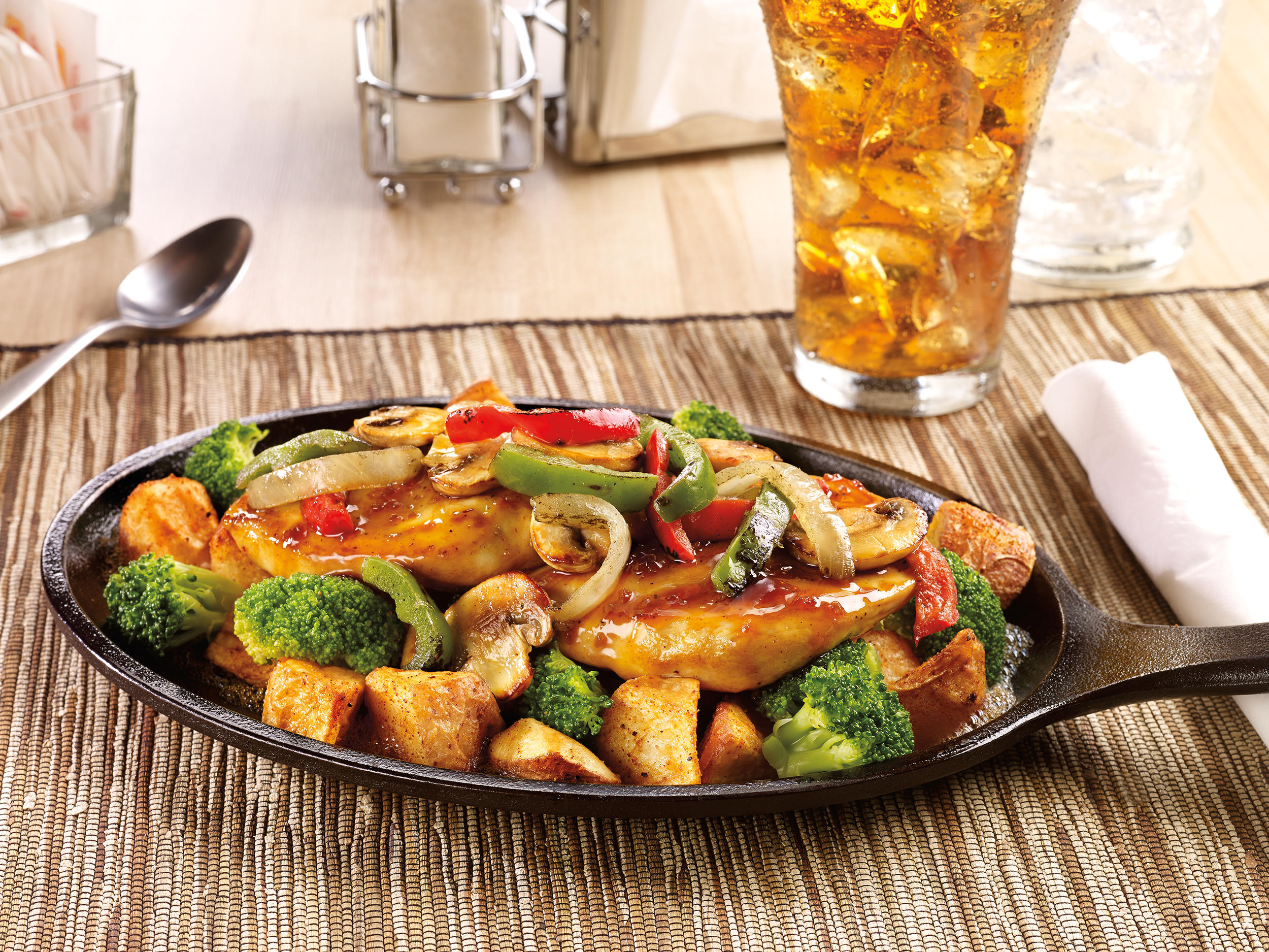 Bourbon Chicken Sizzlin Skillet