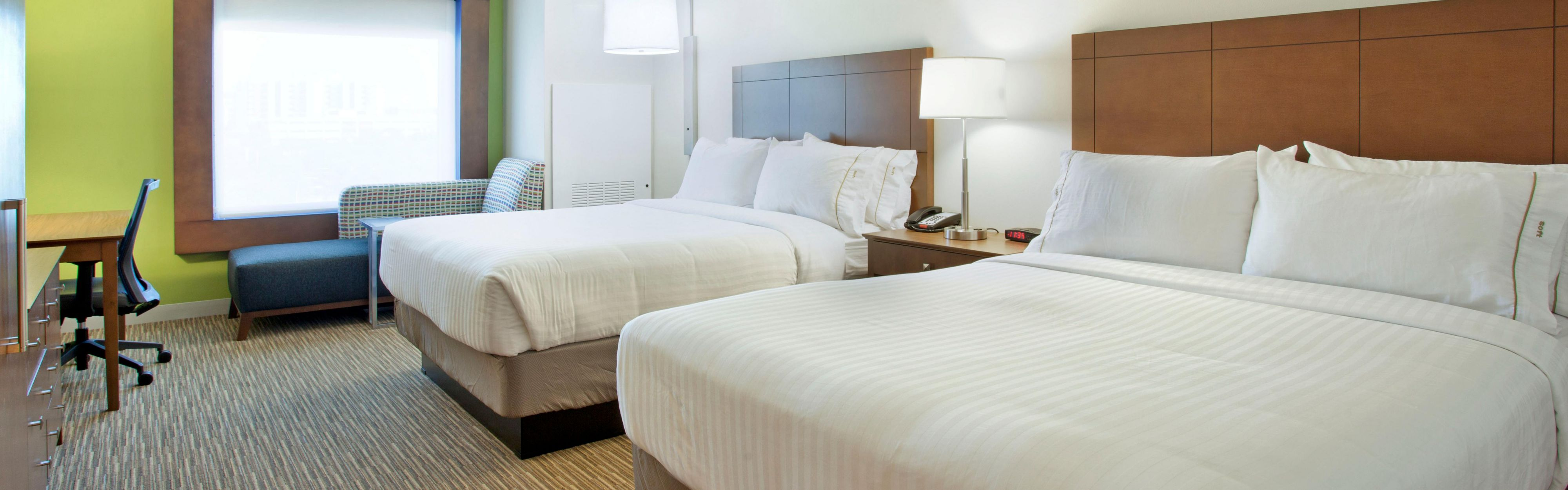 Holiday Inn Express & Suites Austin Downtown - University