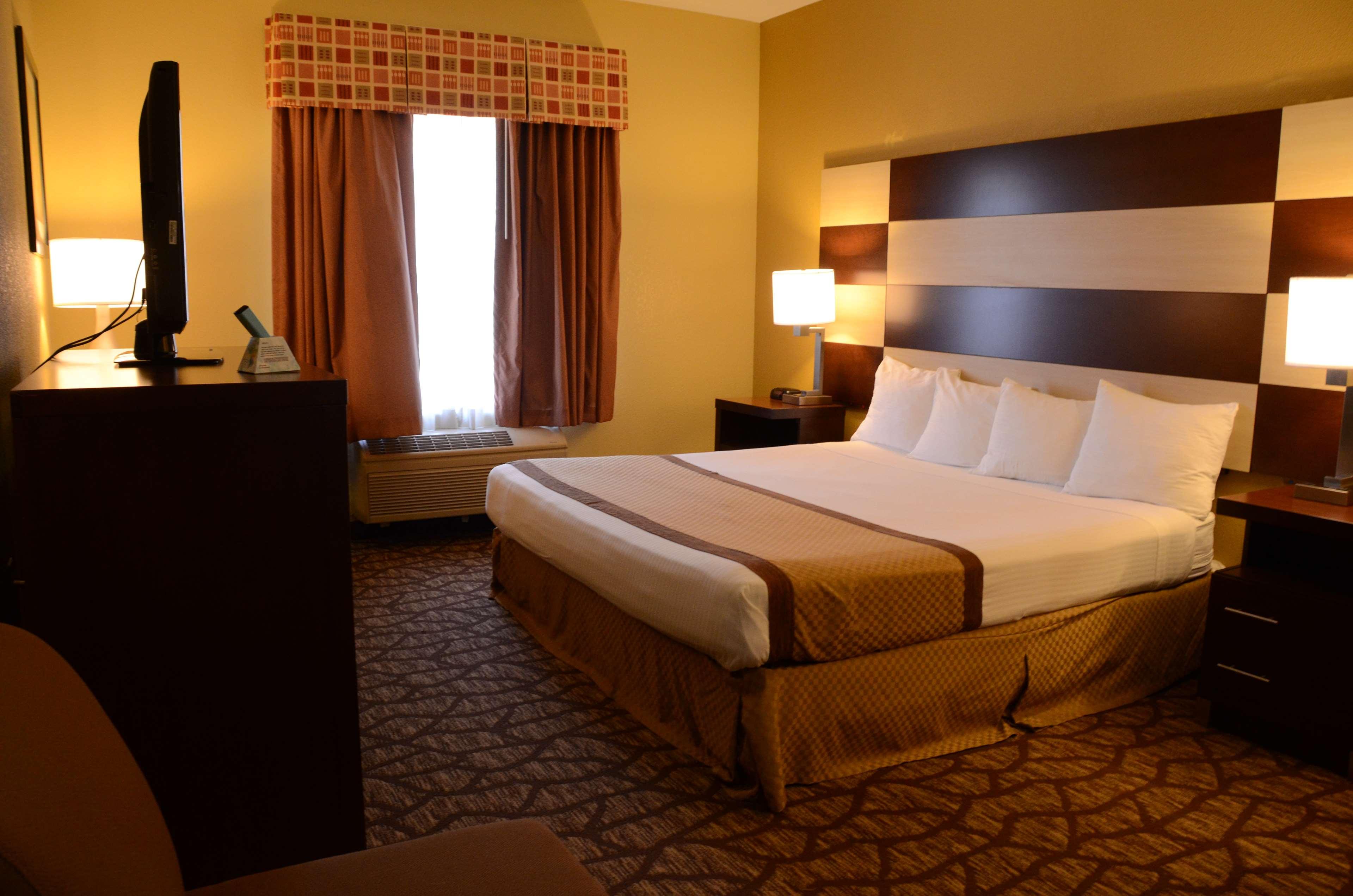 Best Western Joliet Inn & Suites image 28