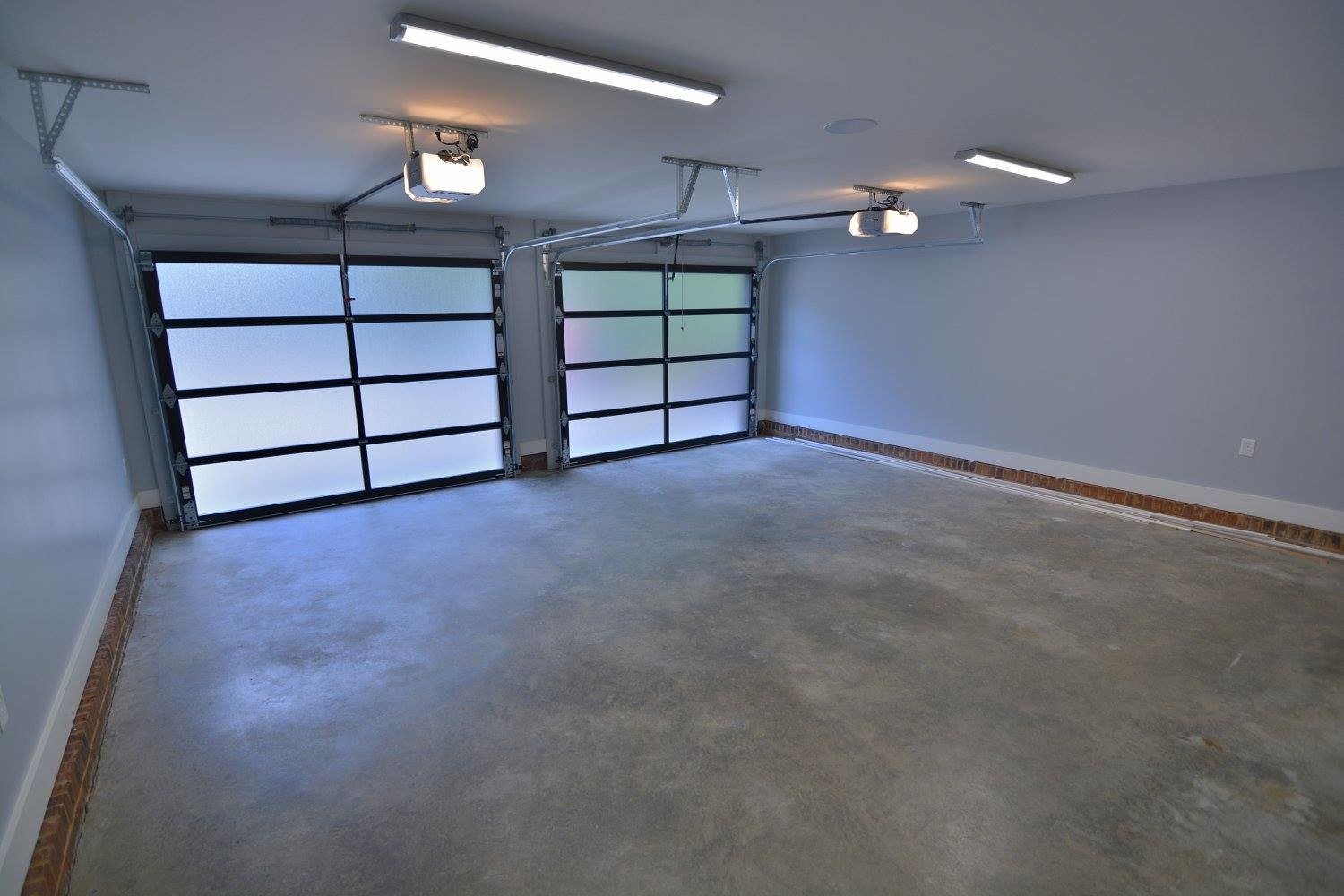 RCS Garage Doors image 2