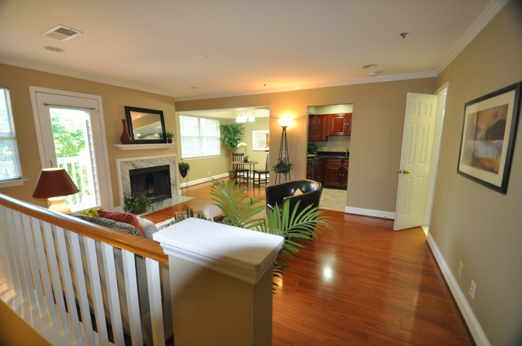Show Smart Staging & Design image 0