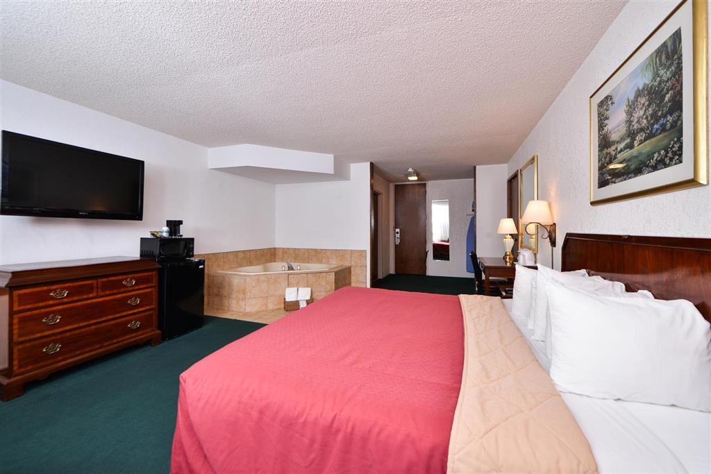 Americas Best Value Inn Albert Lea image 7