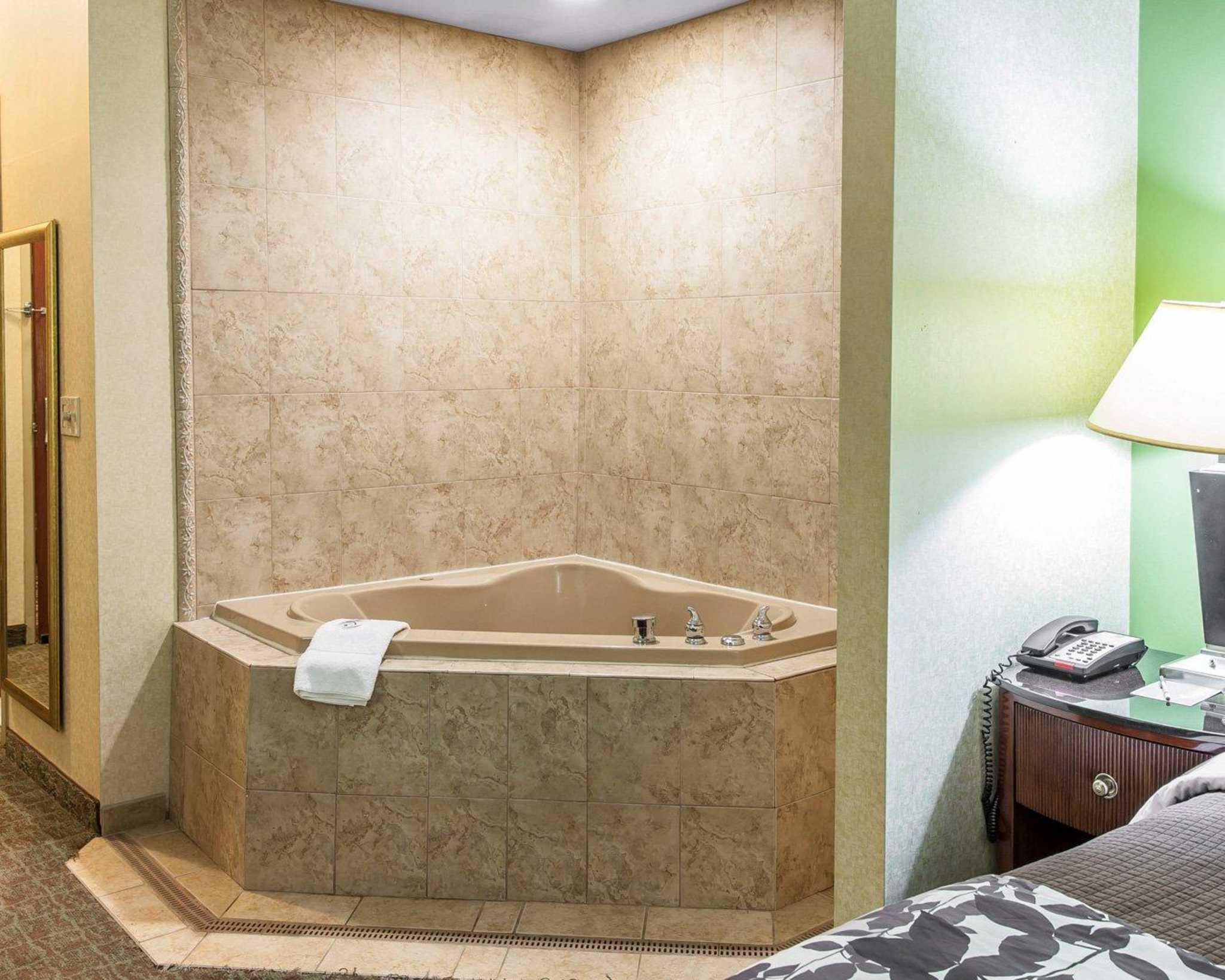 Sleep Inn & Suites Upper Marlboro near Andrews AFB image 7