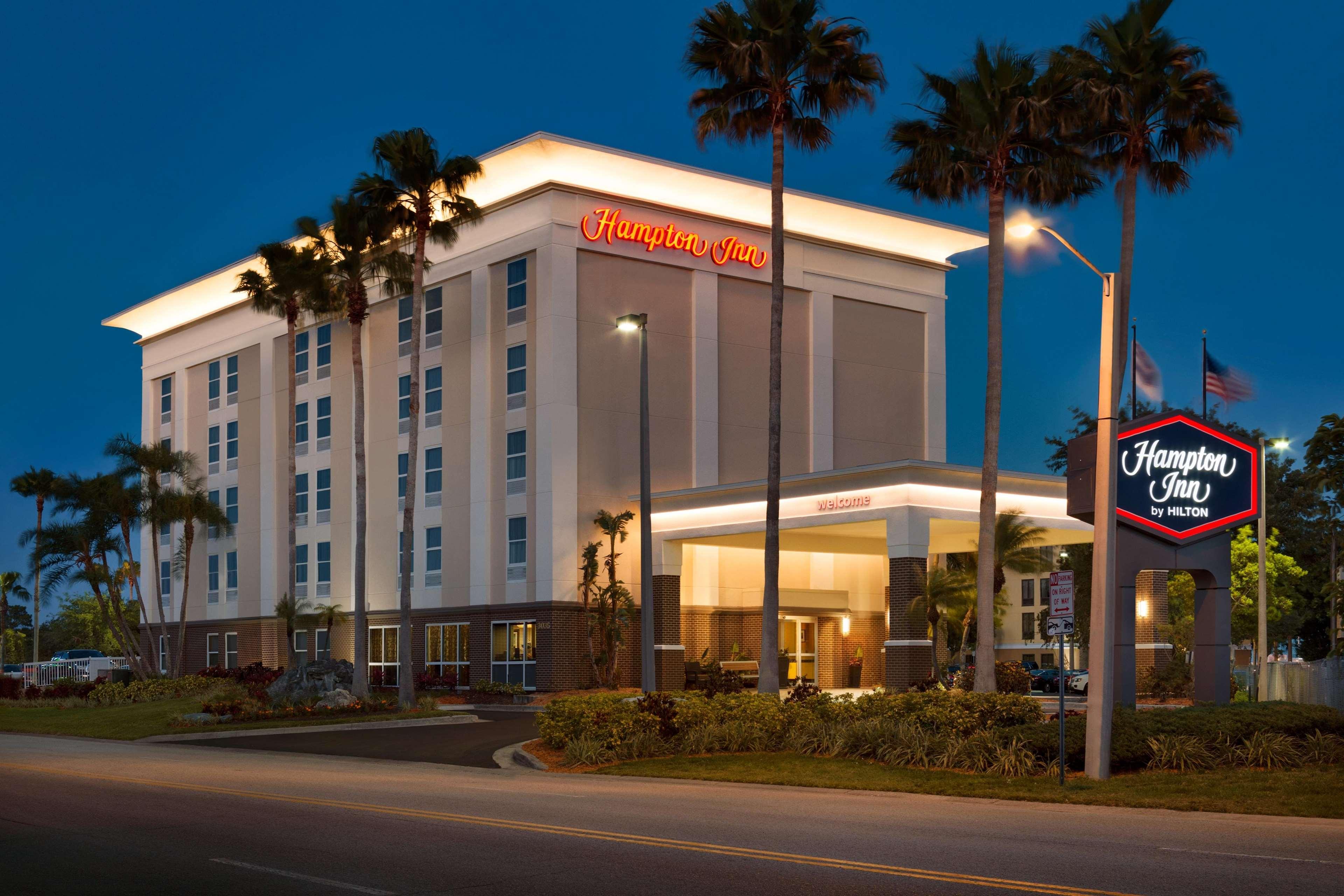 Hampton Inn Tampa/Rocky Point-Airport image 7