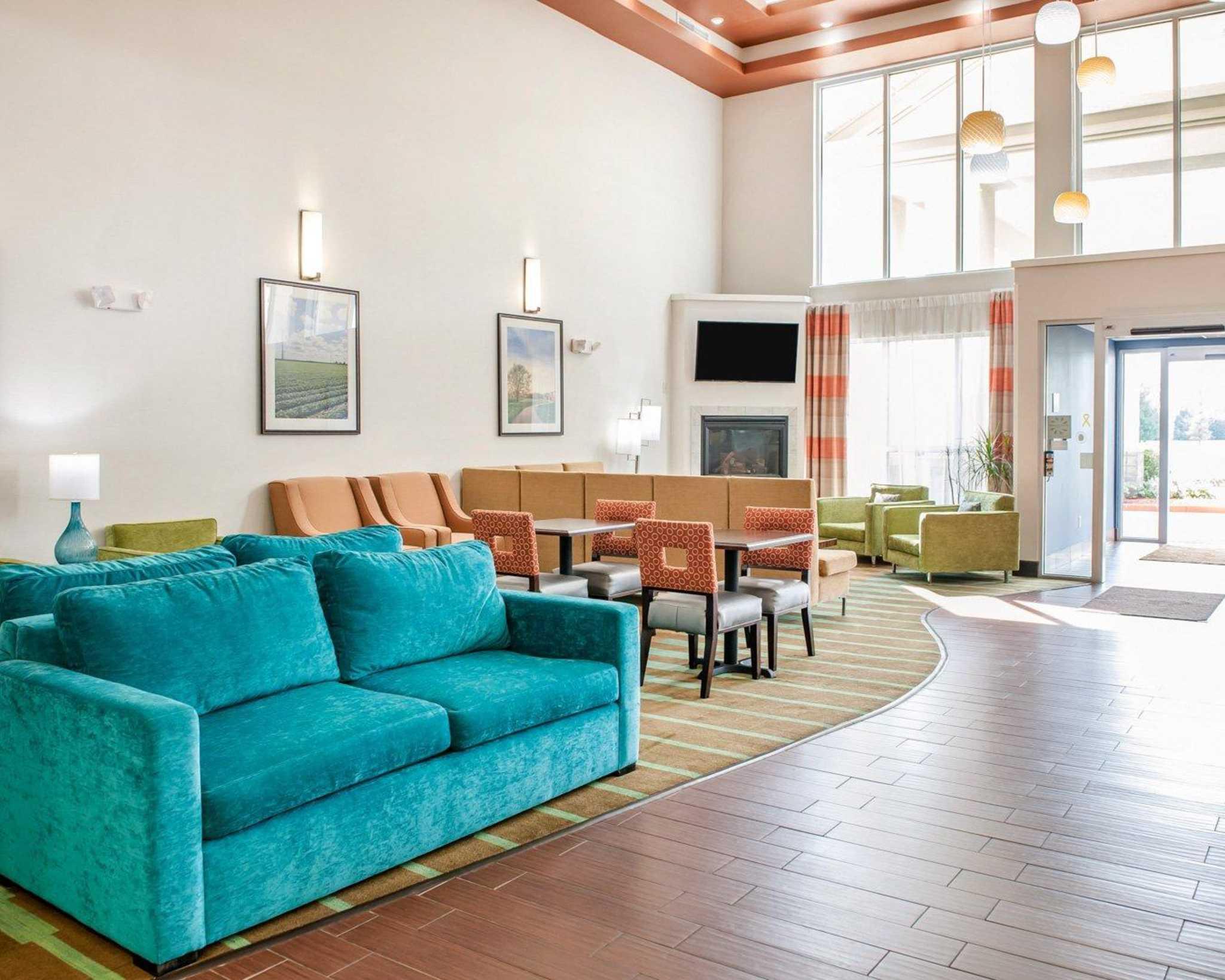 Comfort Suites North in Elkhart, IN, photo #22