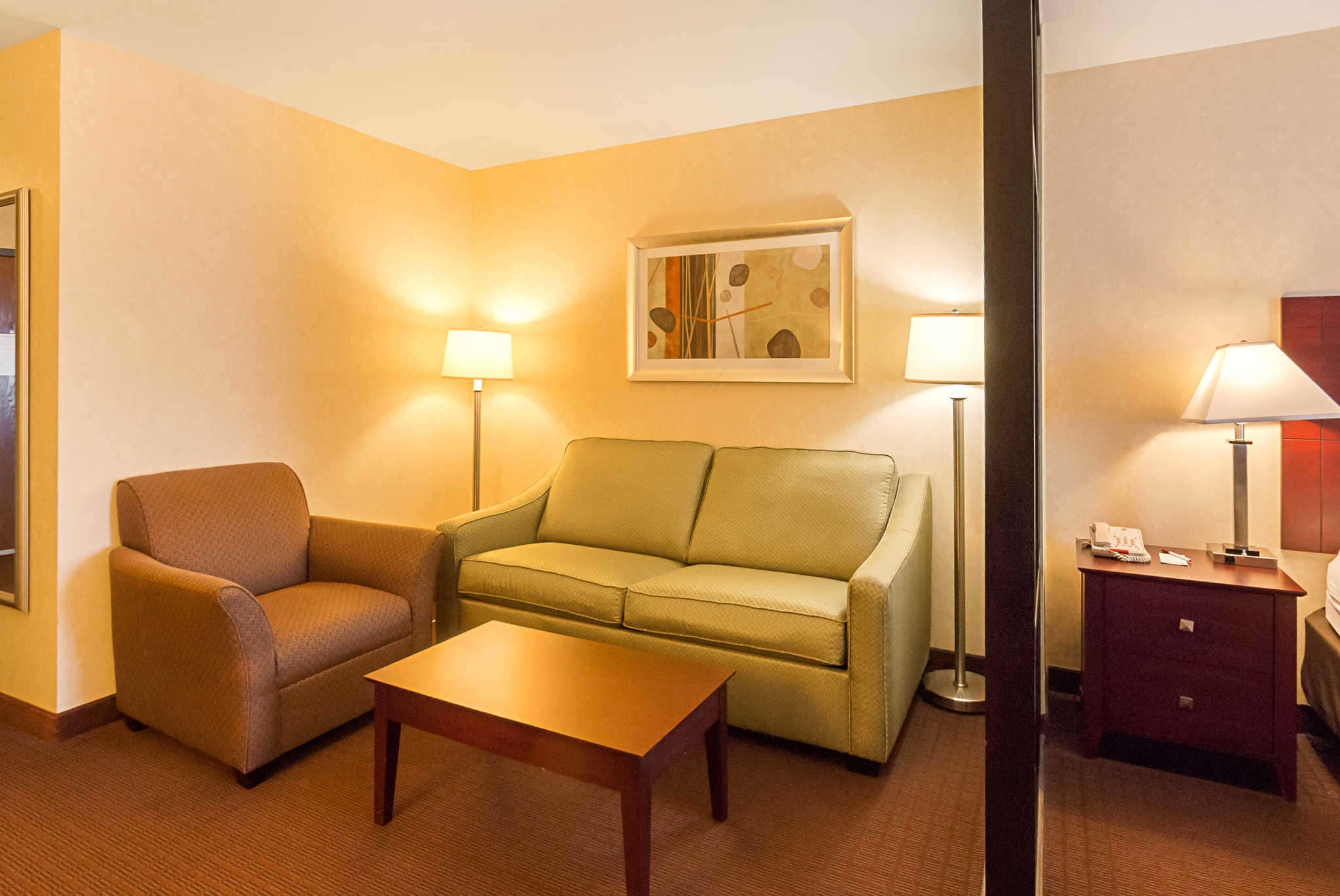 Comfort Suites Manhattan image 18