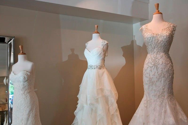 Bridal Shop in AL Birmingham 35213 Ivory & White 55 Church Street  (205)871-2888