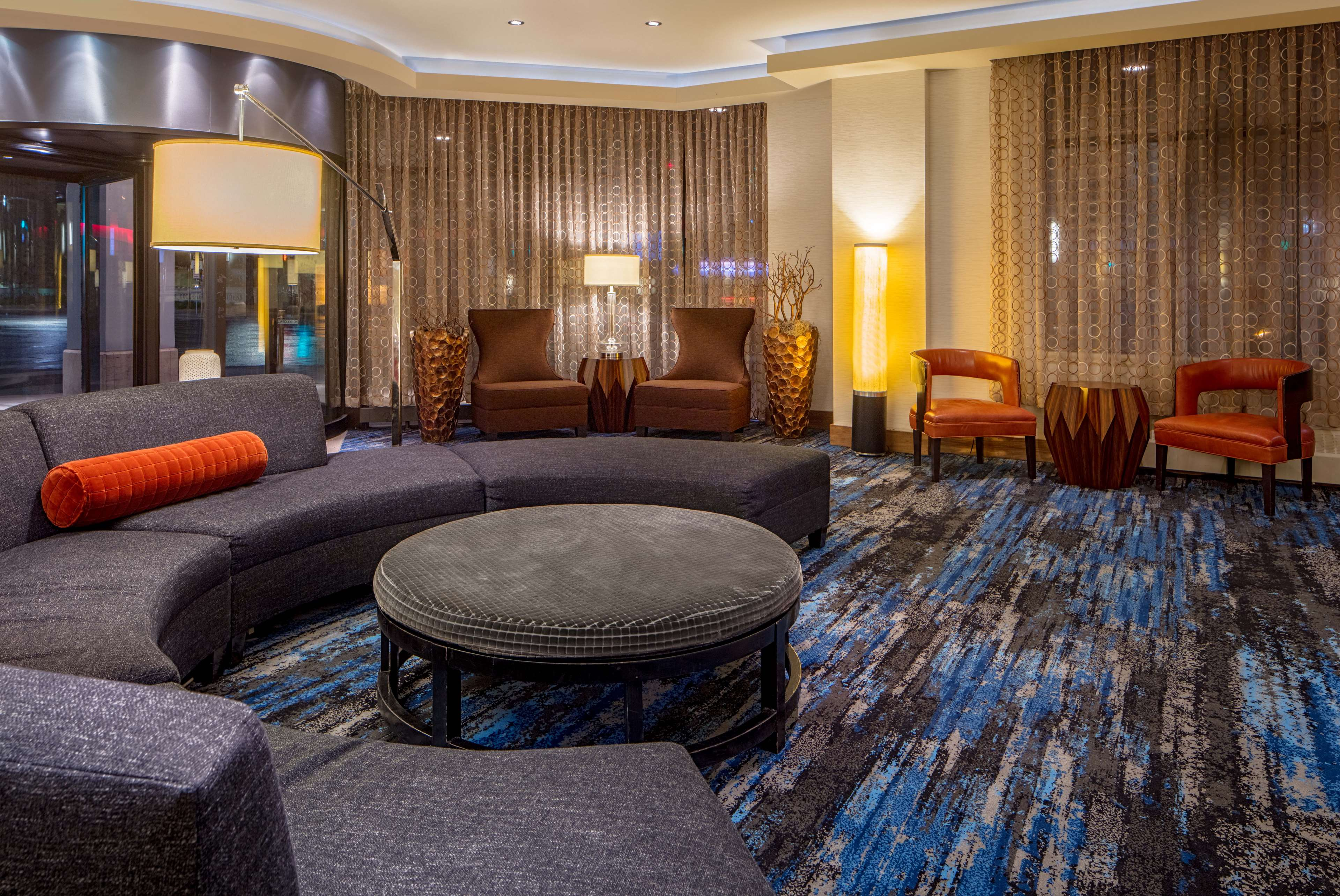 DoubleTree Suites by Hilton Hotel Minneapolis image 2