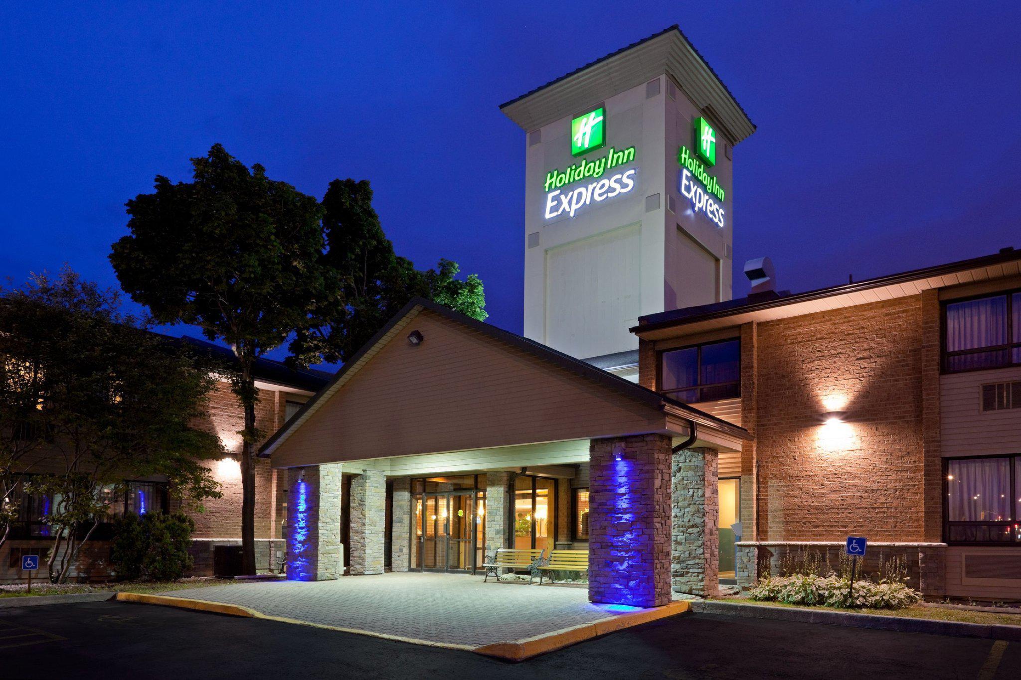Holiday Inn Express Toronto East - Scarborough