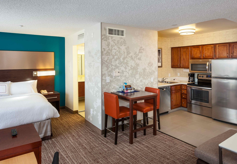 Residence Inn by Marriott Las Vegas Henderson/Green Valley image 12