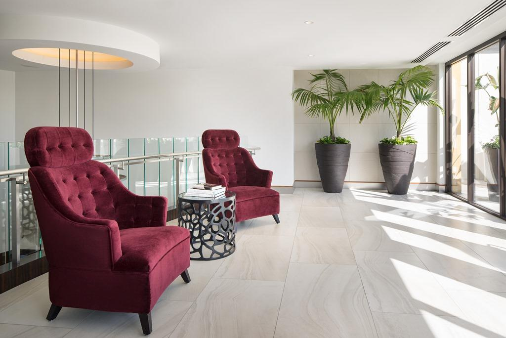 Lobby Seating Area - Soak up all of the stylish details of our Hollywood-inspired hotel. Our second-floor lobby seating area is fit for any celebrity.
