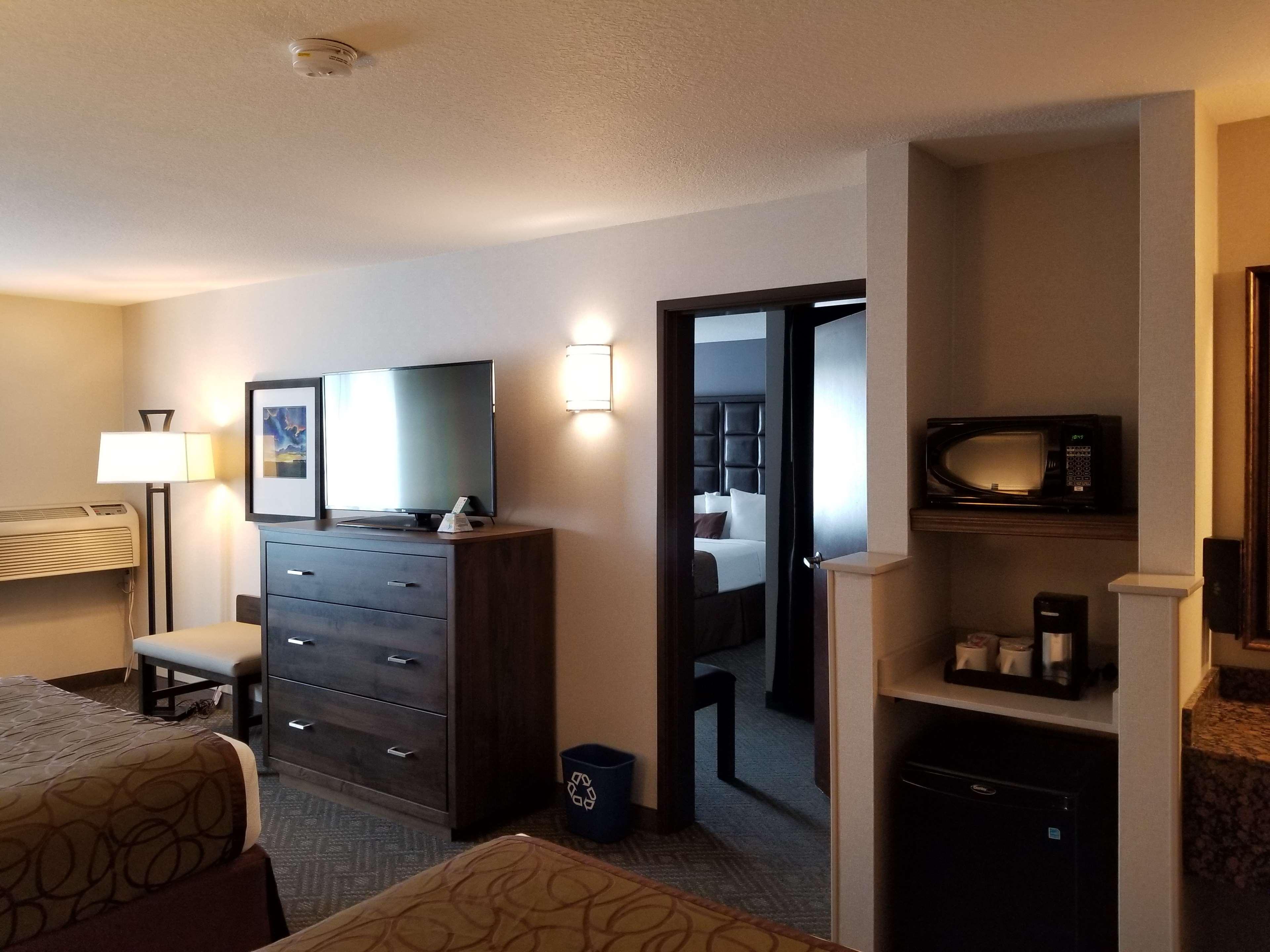 Best Western Plus Northwind Inn & Suites image 4