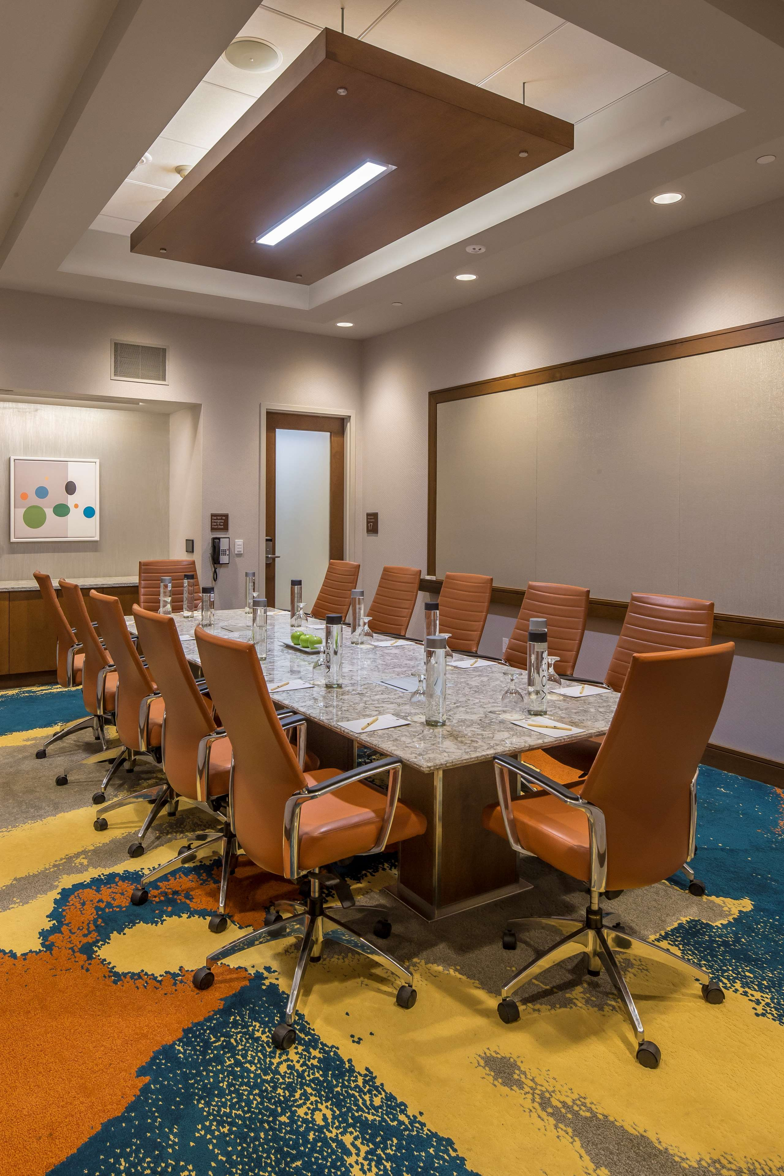 DoubleTree by Hilton Hotel Pittsburgh - Cranberry image 41