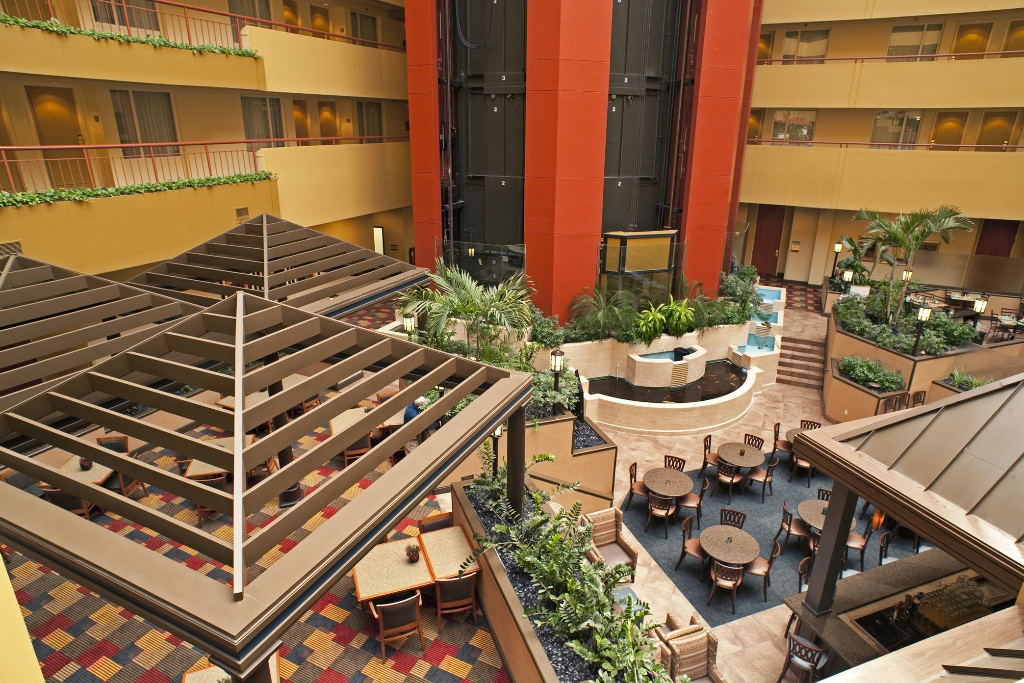 Embassy Suites by Hilton Baltimore at BWI Airport image 2