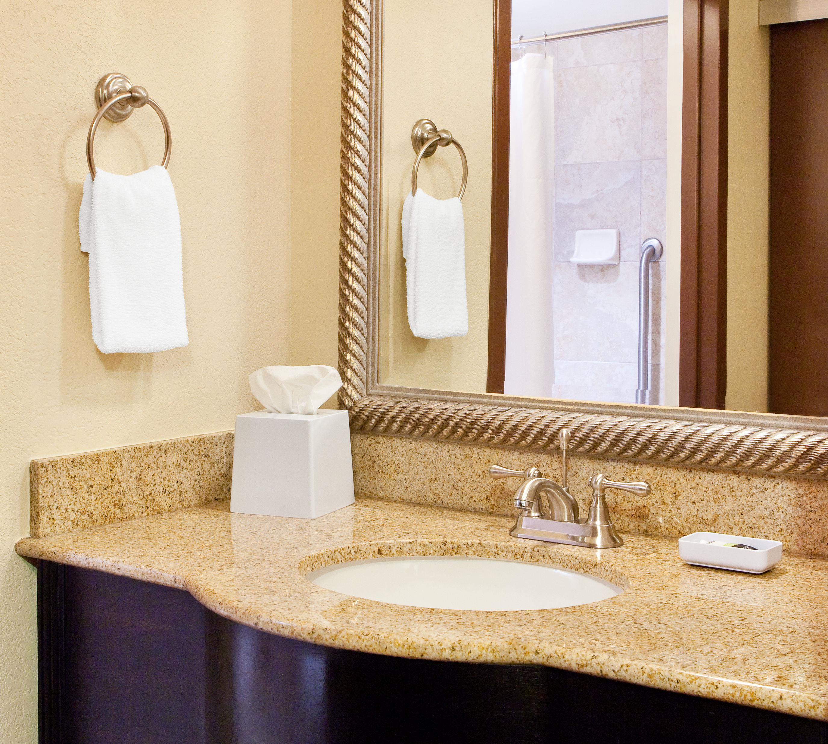 Four Points by Sheraton Knoxville Cumberland House Hotel image 11